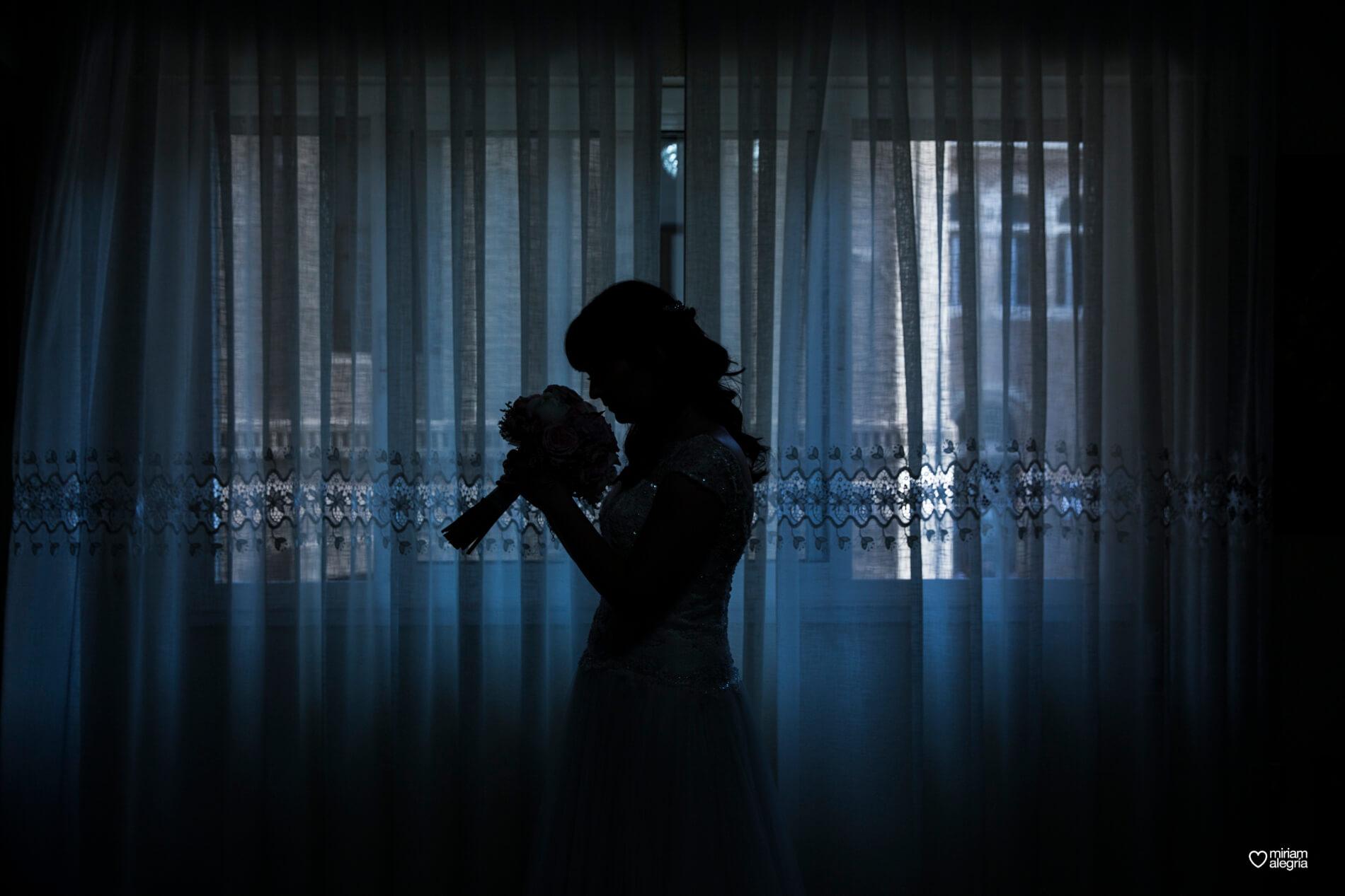 boda-civil-en-el-casino-de-murcia-miriam-alegria-fotografos-de-boda-17