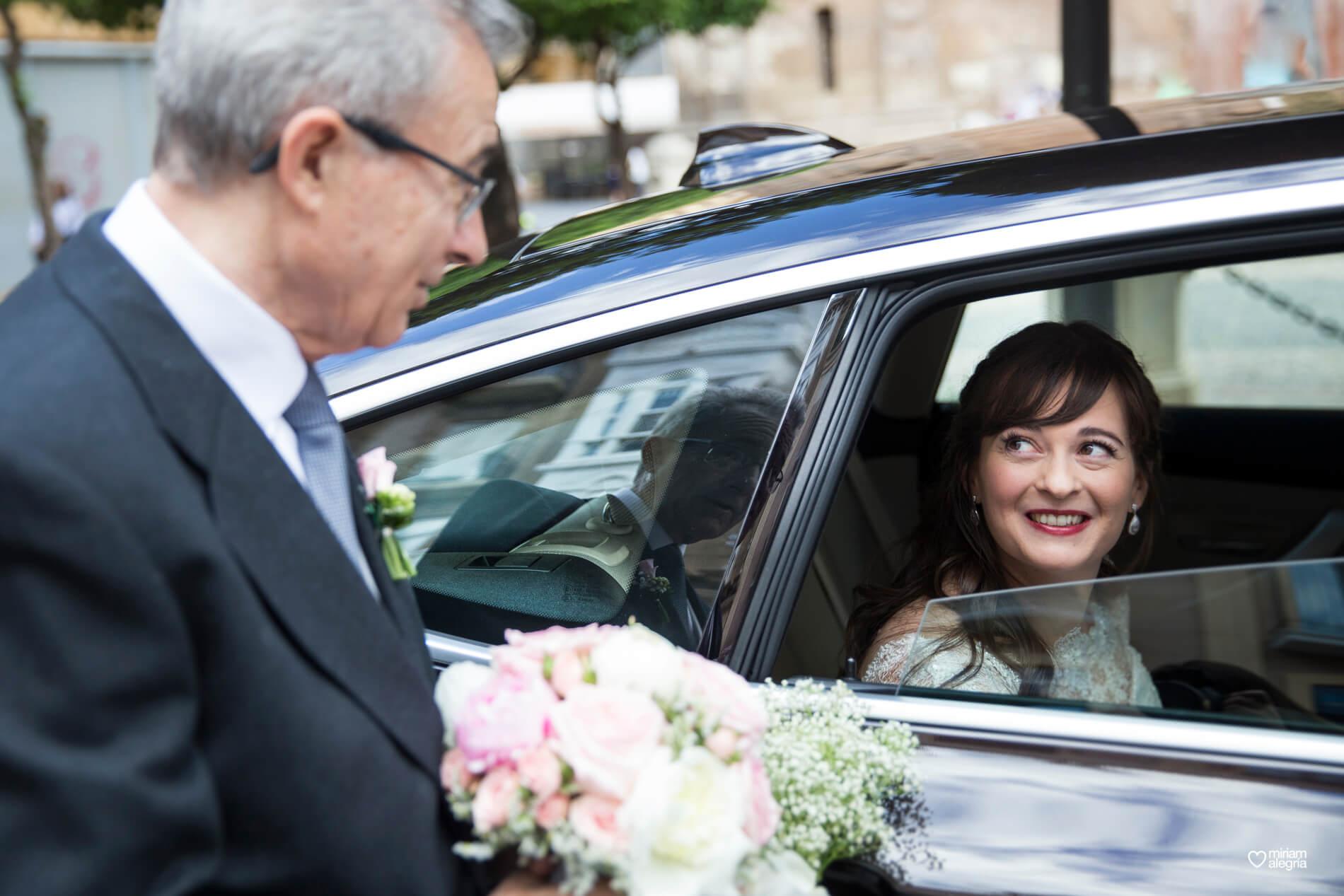boda-civil-en-el-casino-de-murcia-miriam-alegria-fotografos-de-boda-19