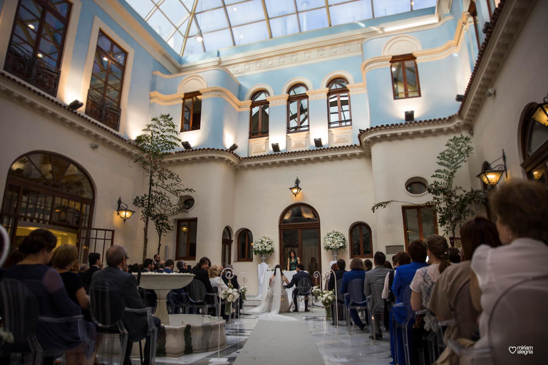 boda-civil-en-el-casino-de-murcia-miriam-alegria-fotografos-de-boda-24