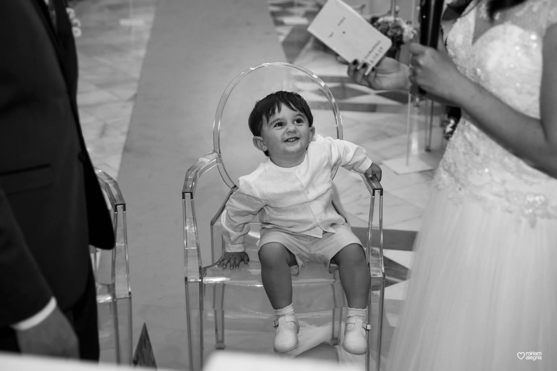 boda-civil-en-el-casino-de-murcia-miriam-alegria-fotografos-de-boda-28