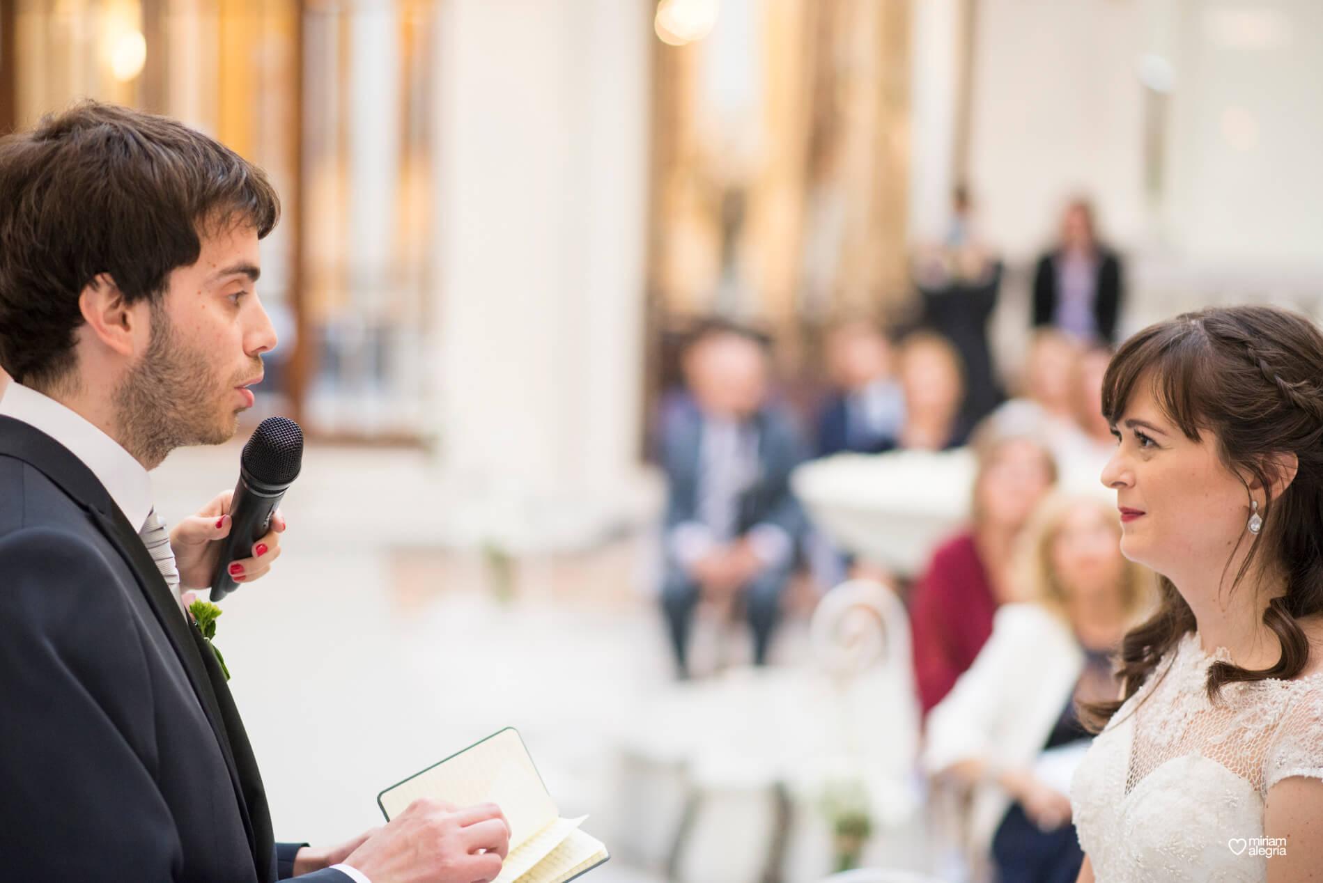 boda-civil-en-el-casino-de-murcia-miriam-alegria-fotografos-de-boda-31