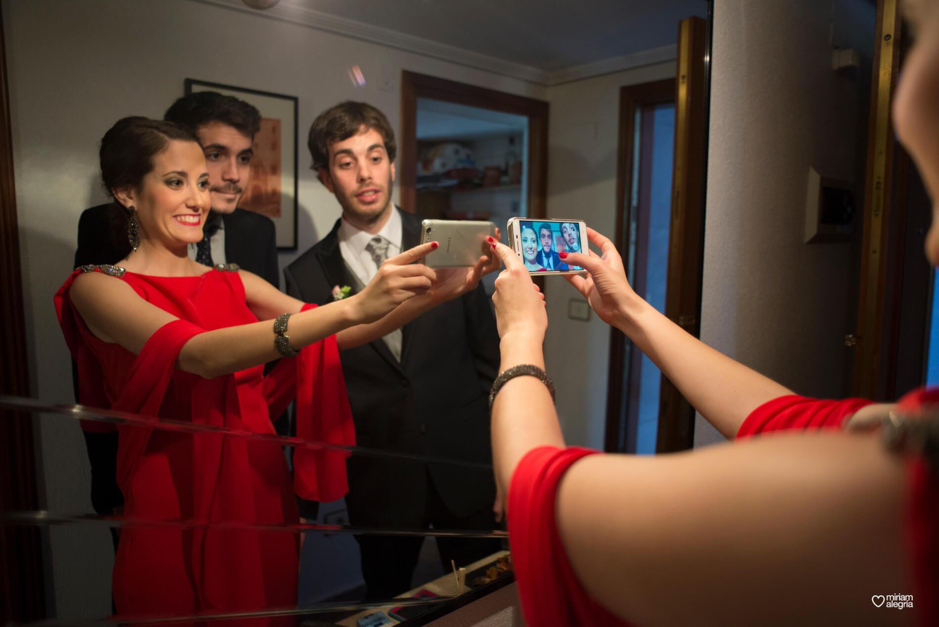 boda-civil-en-el-casino-de-murcia-miriam-alegria-fotografos-de-boda-4