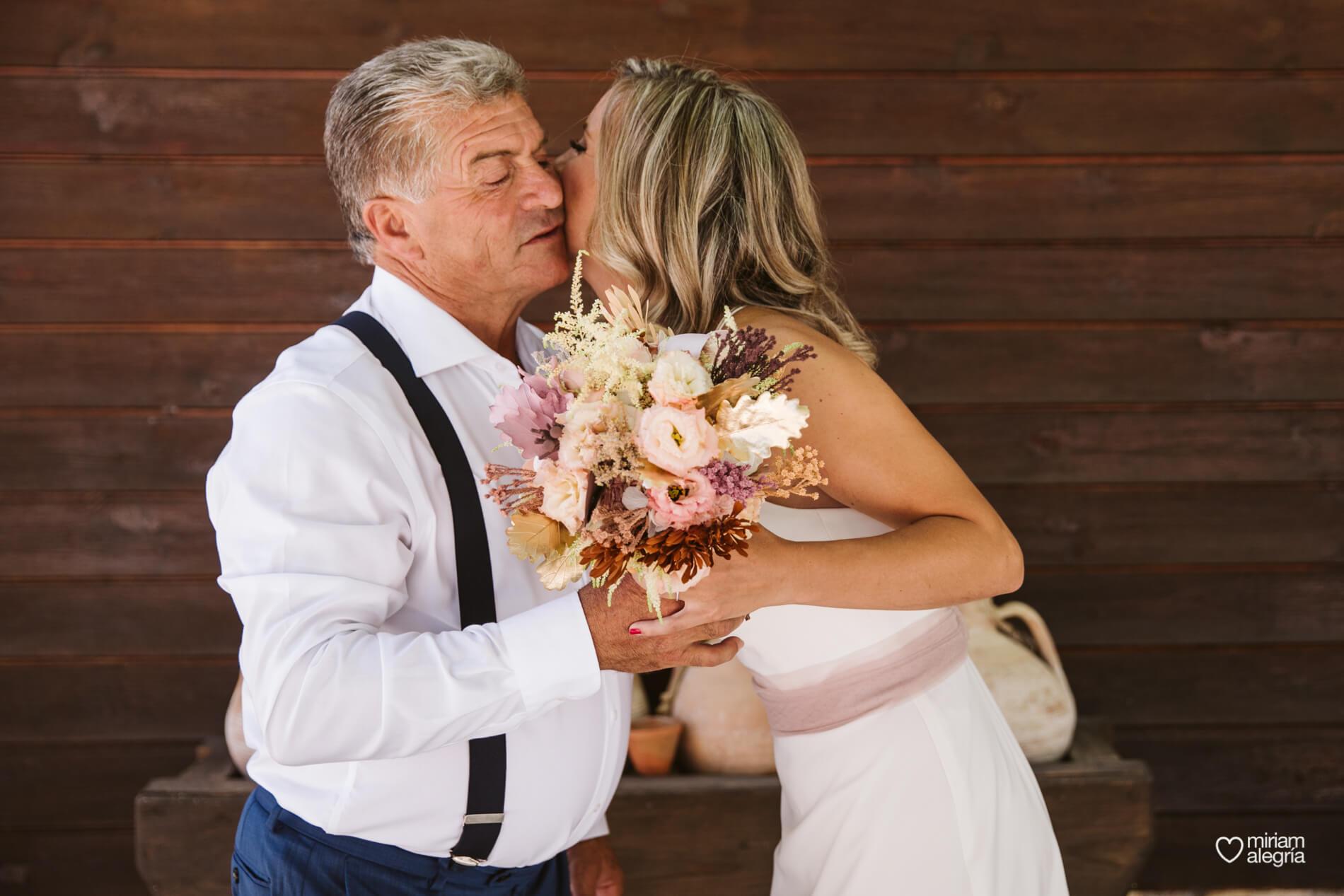 boda-en-collados-miriam-alegria-cayetana-ferrer-7