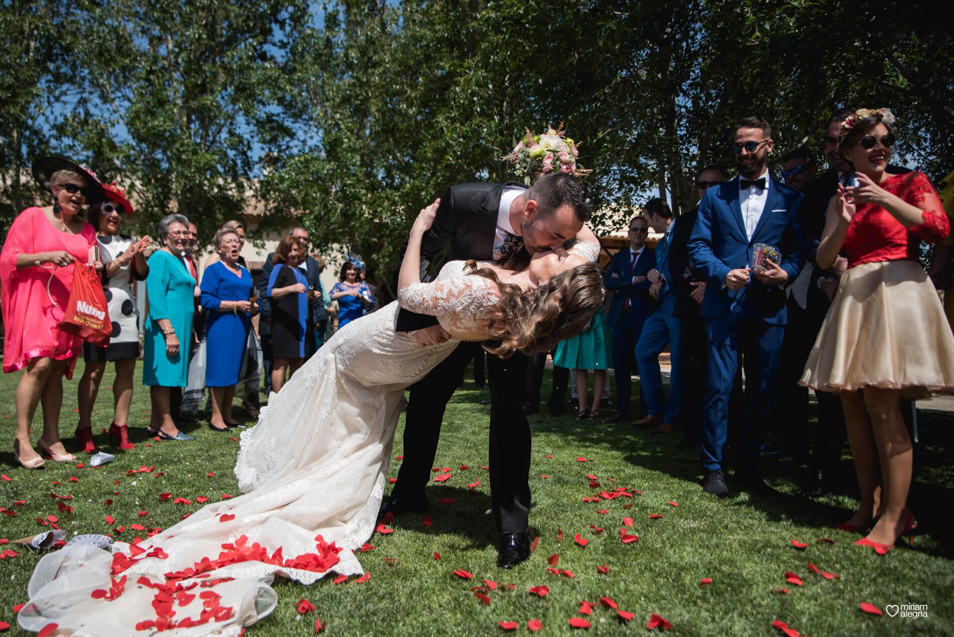 boda-en-finca-jurosa-miriam-alegria-79
