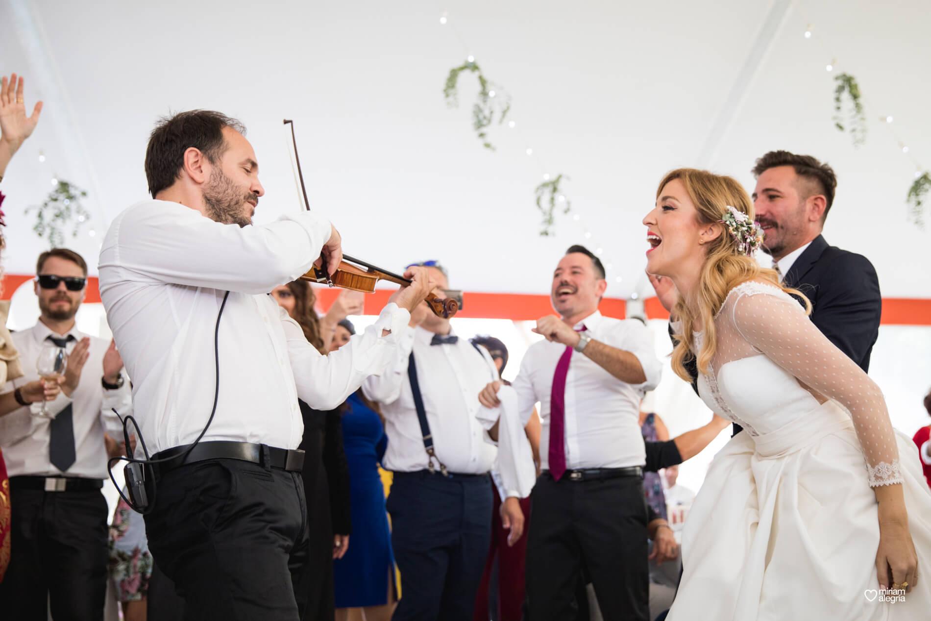 boda-en-finca-villa-vera-de-alemc7-miriam-alegria-fotografos-boda-murcia-156