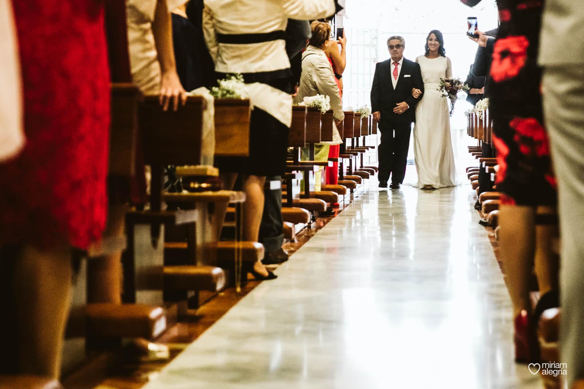 boda-en-iglesia-del-carmen-cartagena-40