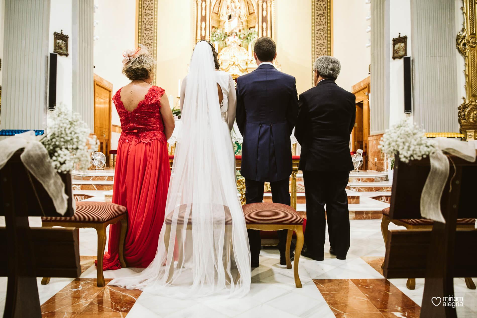 boda-en-iglesia-del-carmen-cartagena-47