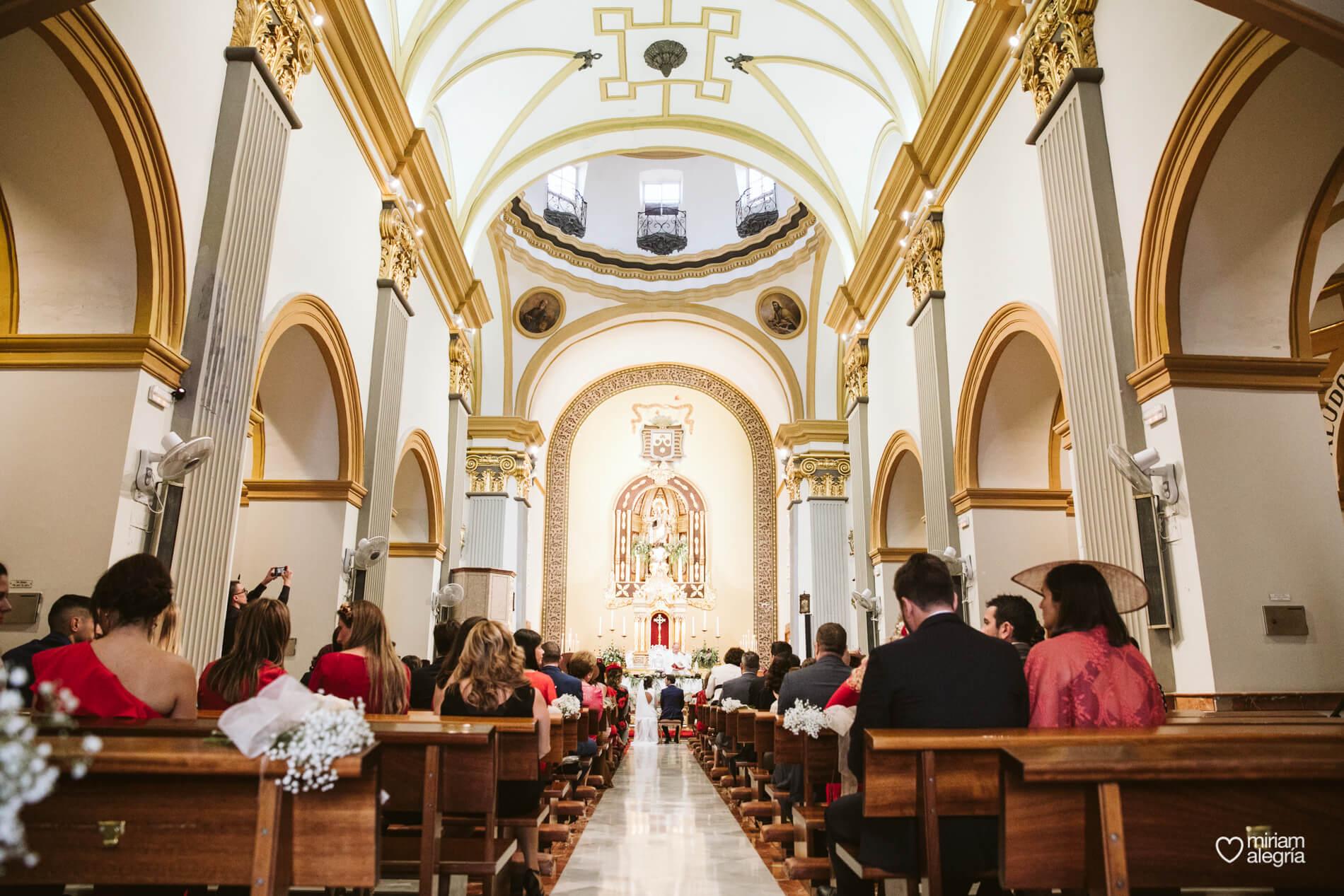 boda-en-iglesia-del-carmen-cartagena-54