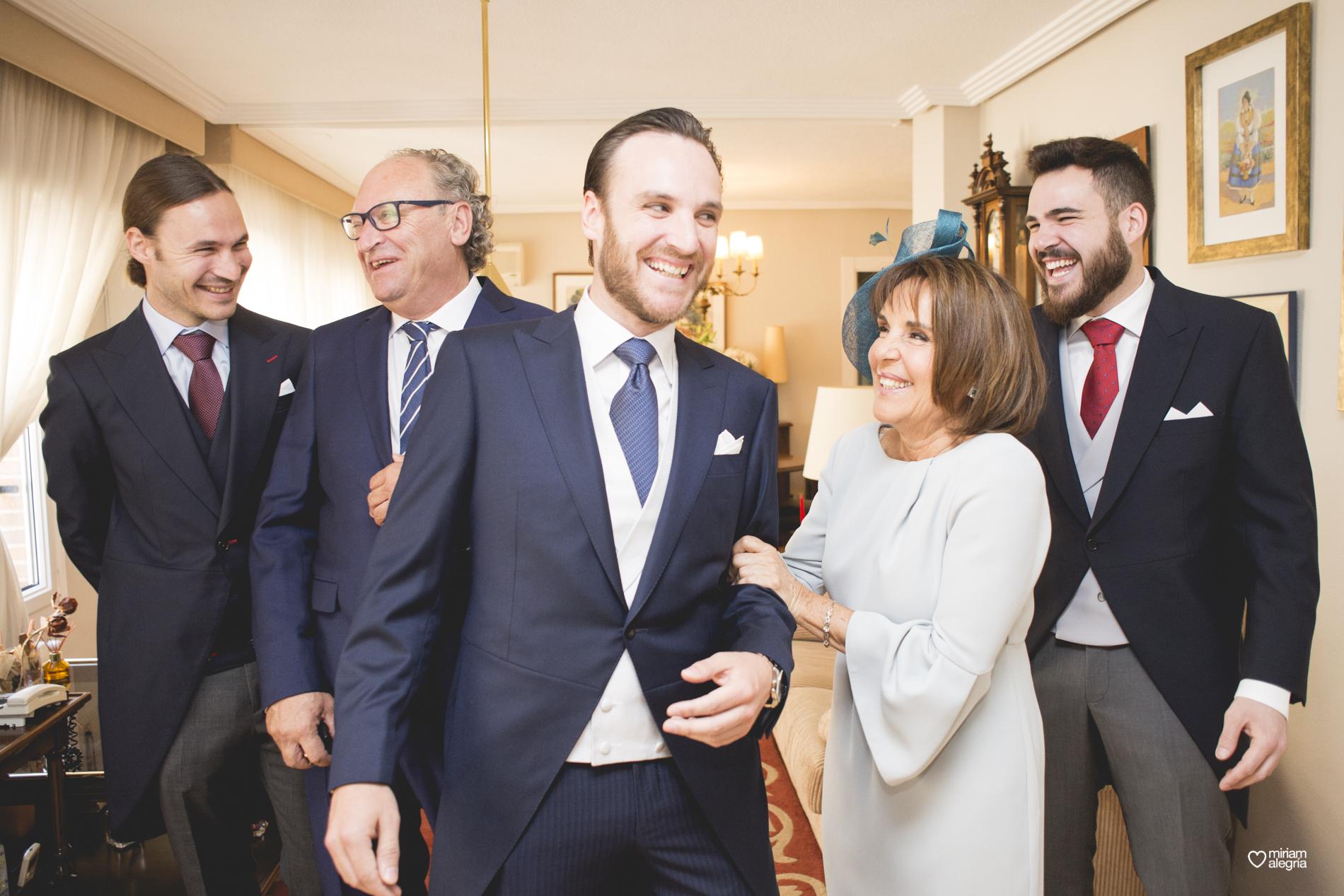boda-en-la-catedral-de-murcia-miriam-alegria-fotografos-boda-murcia-22