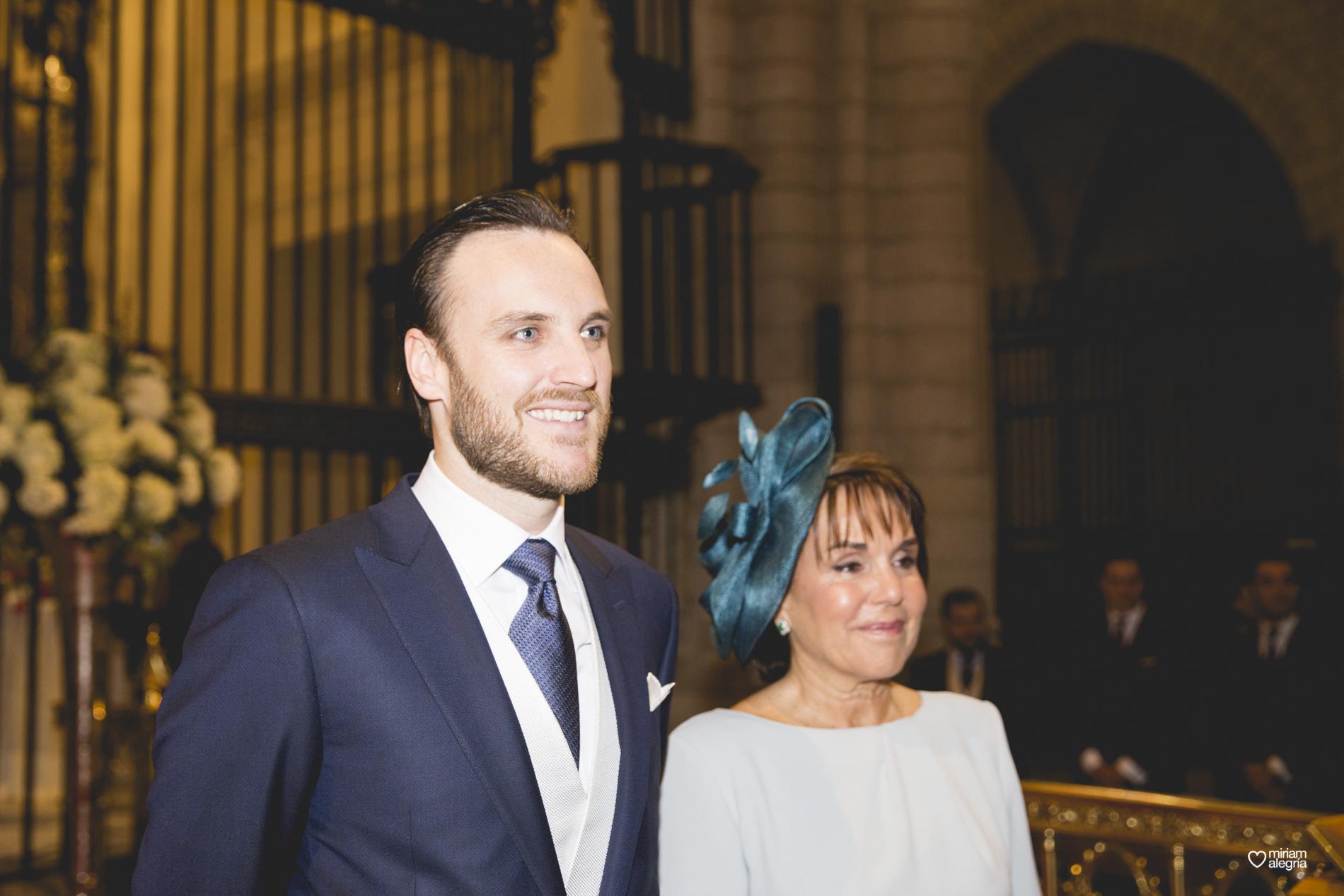 boda-en-la-catedral-de-murcia-miriam-alegria-fotografos-boda-murcia-36