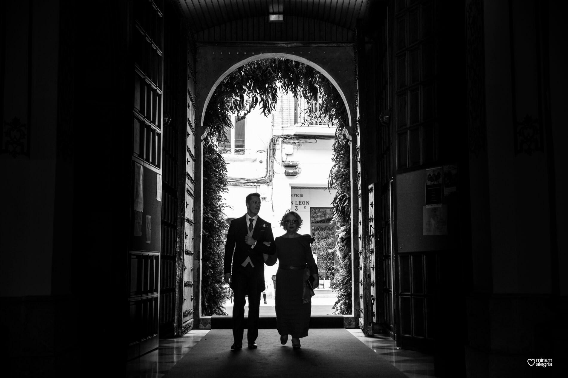 boda-en-la-iglesia-de-las-anas-26