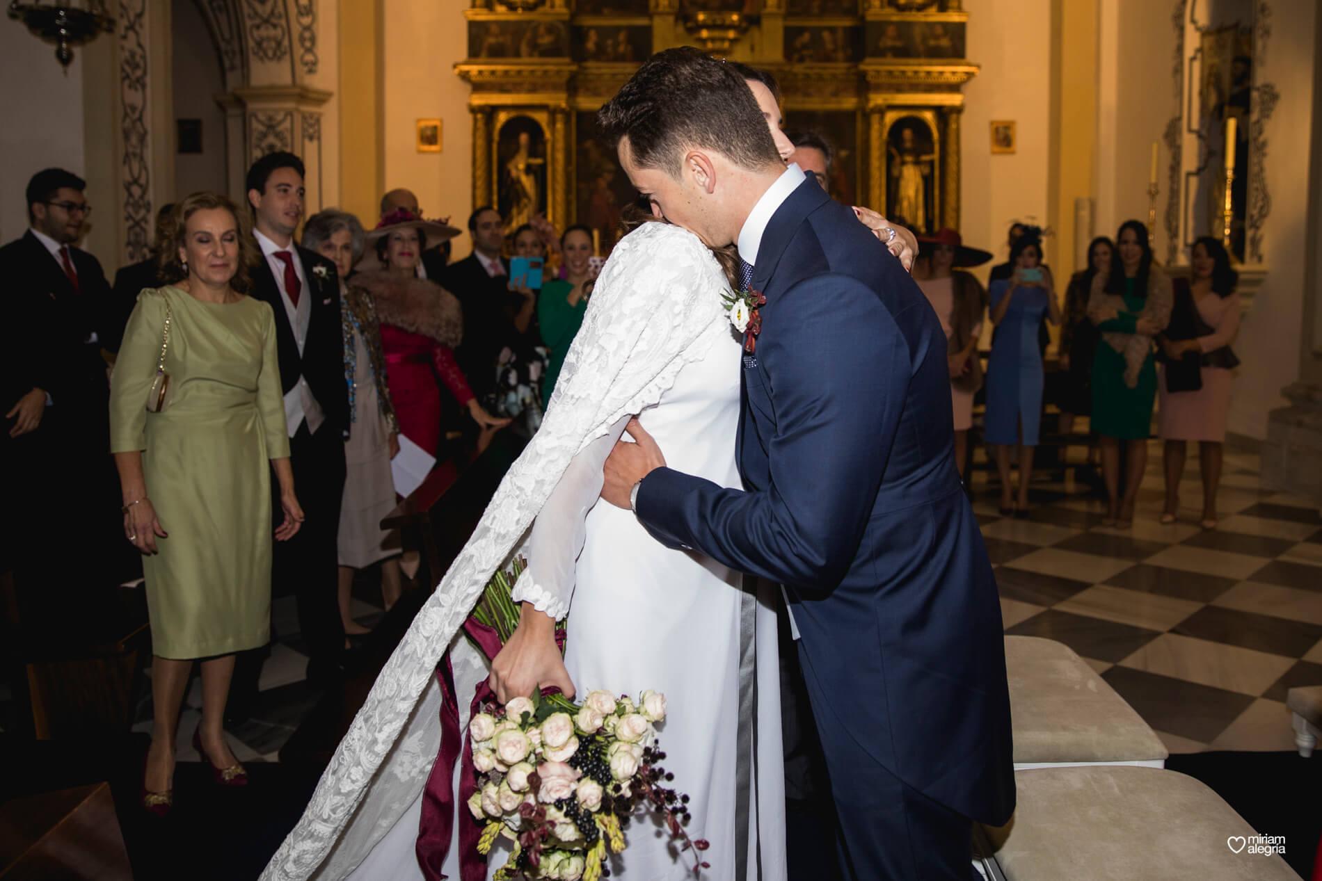 boda-en-la-iglesia-de-las-anas-32