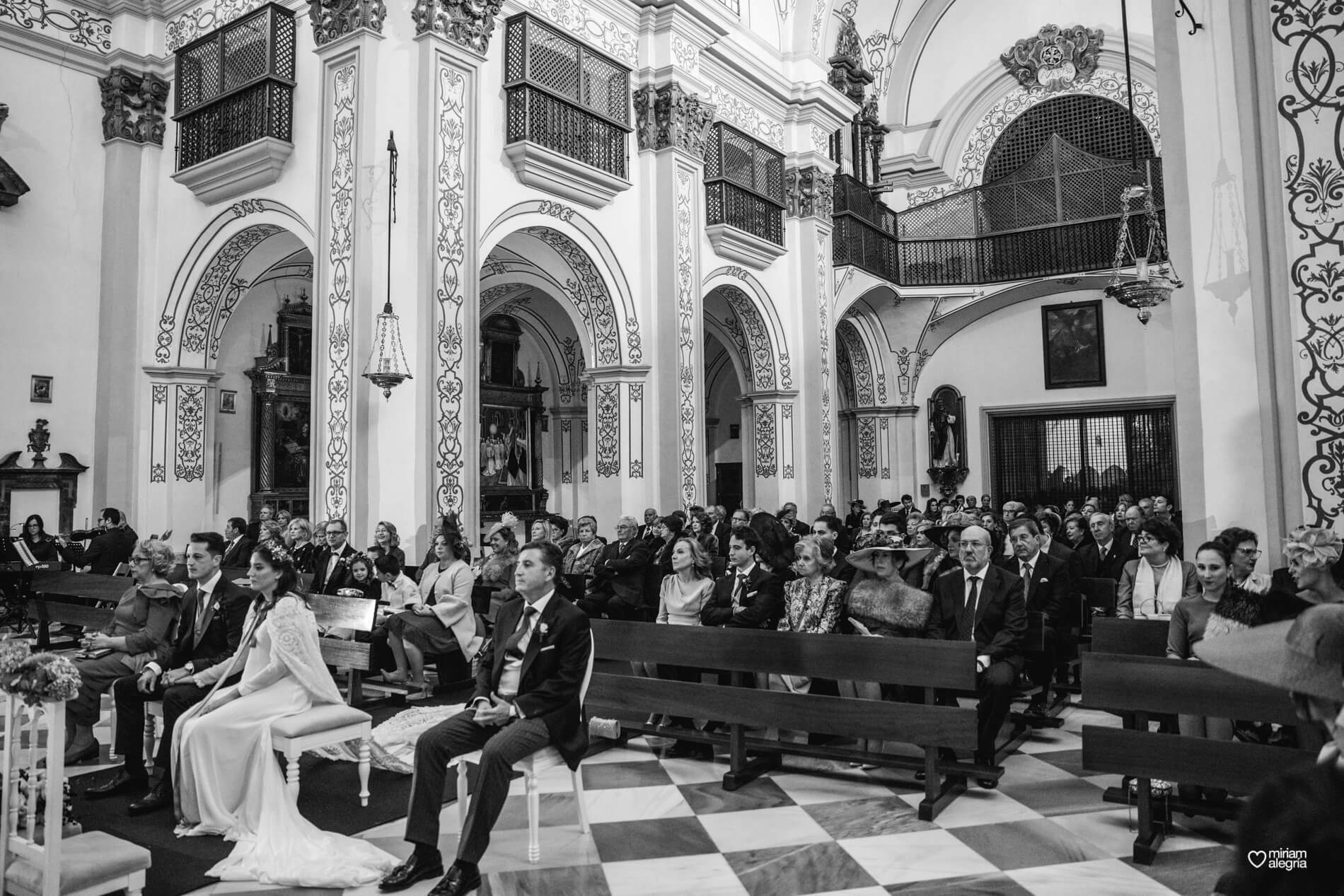 boda-en-la-iglesia-de-las-anas-34
