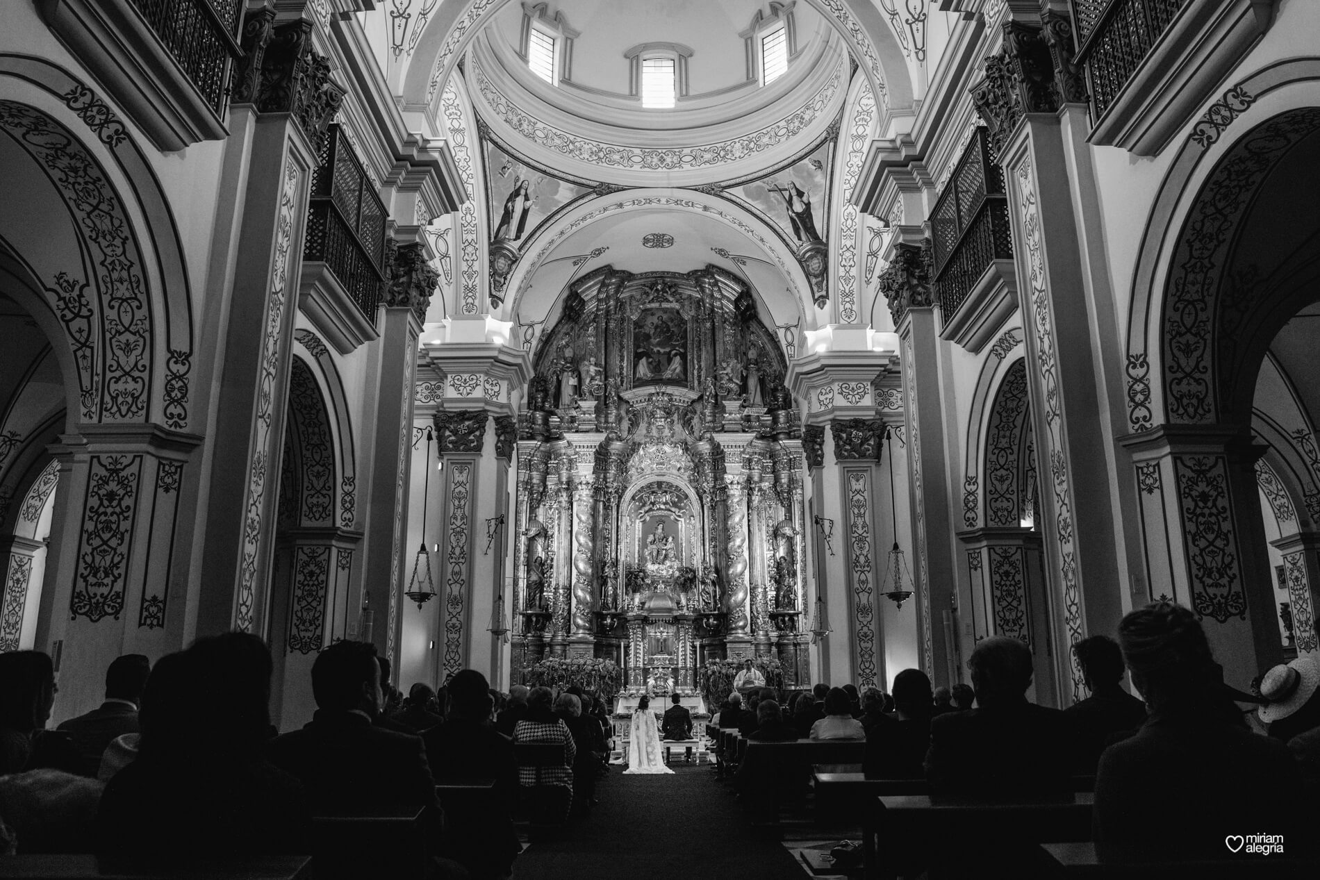 boda-en-la-iglesia-de-las-anas-36