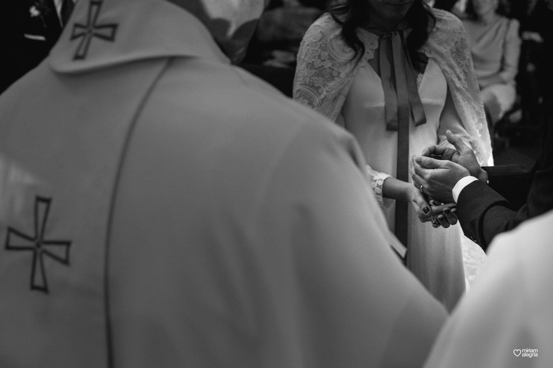 boda-en-la-iglesia-de-las-anas-41