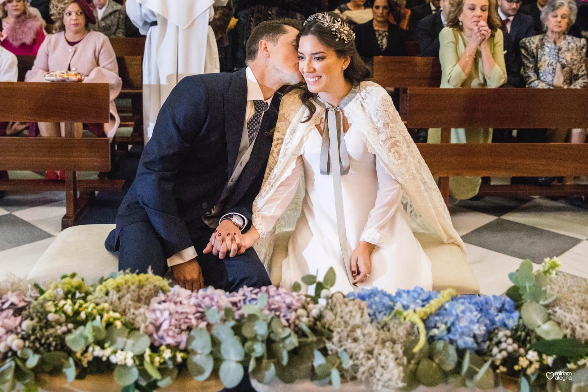 boda-en-la-iglesia-de-las-anas-46