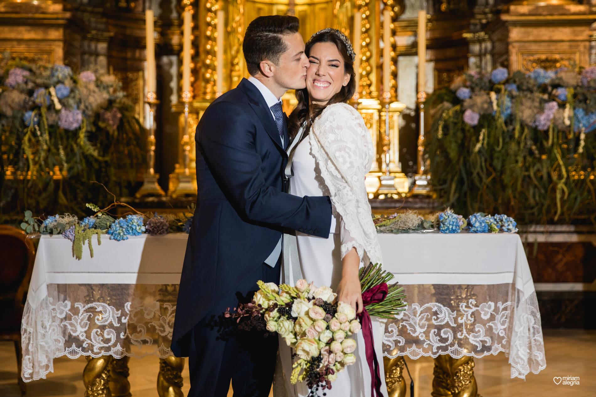 boda-en-la-iglesia-de-las-anas-52