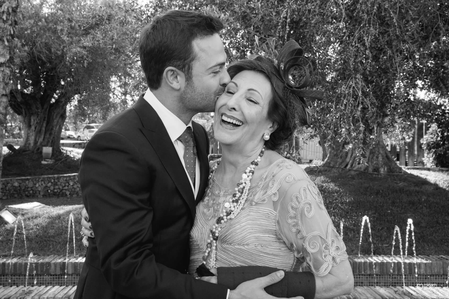 vestido-de-novia-paula-del-vas-miriam-alegria-fotografos-boda-murcia-115