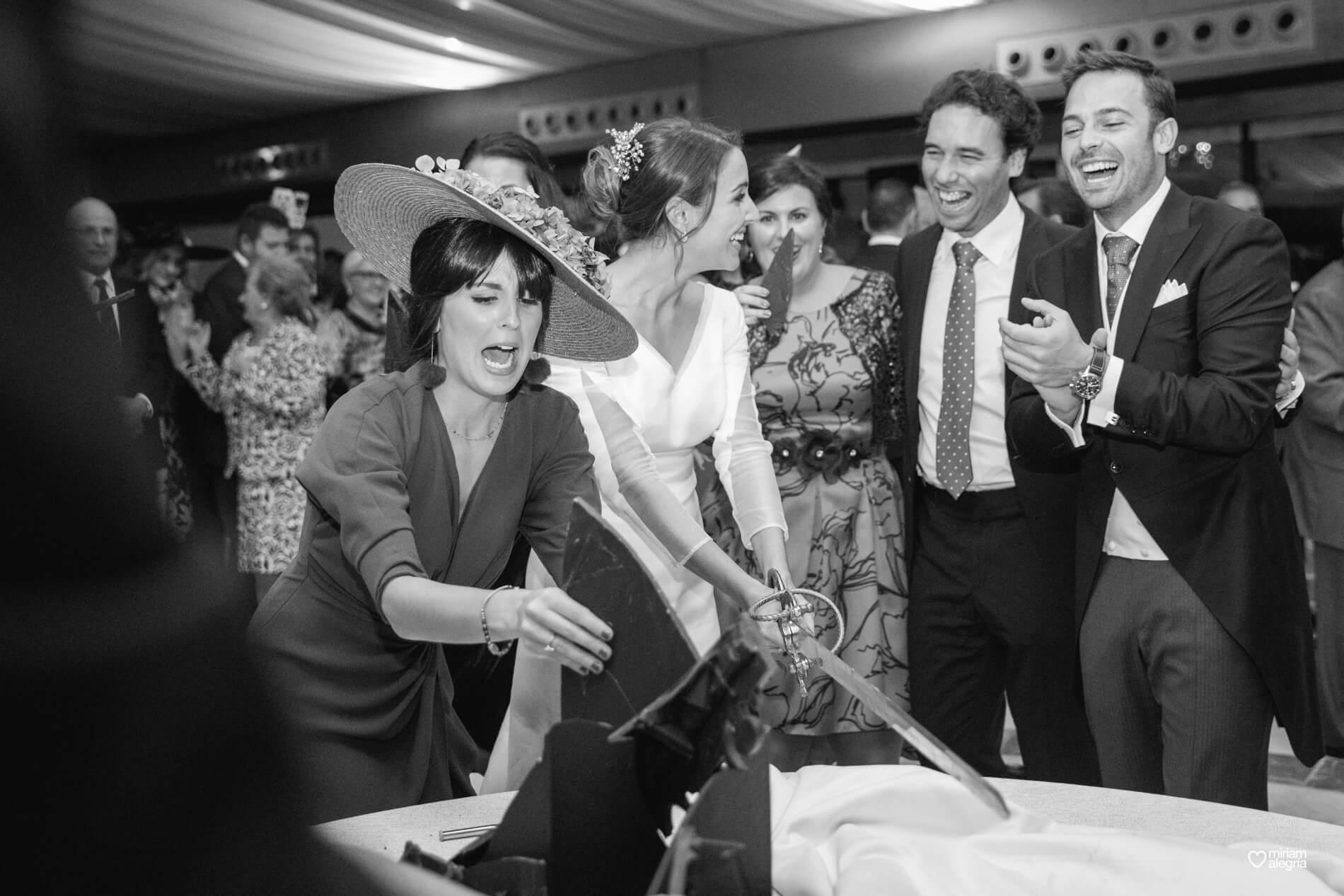 vestido-de-novia-paula-del-vas-miriam-alegria-fotografos-boda-murcia-135