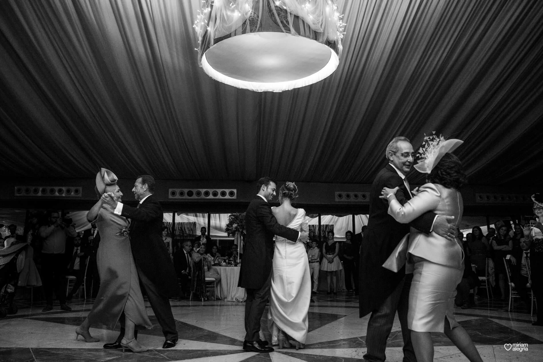 vestido-de-novia-paula-del-vas-miriam-alegria-fotografos-boda-murcia-152