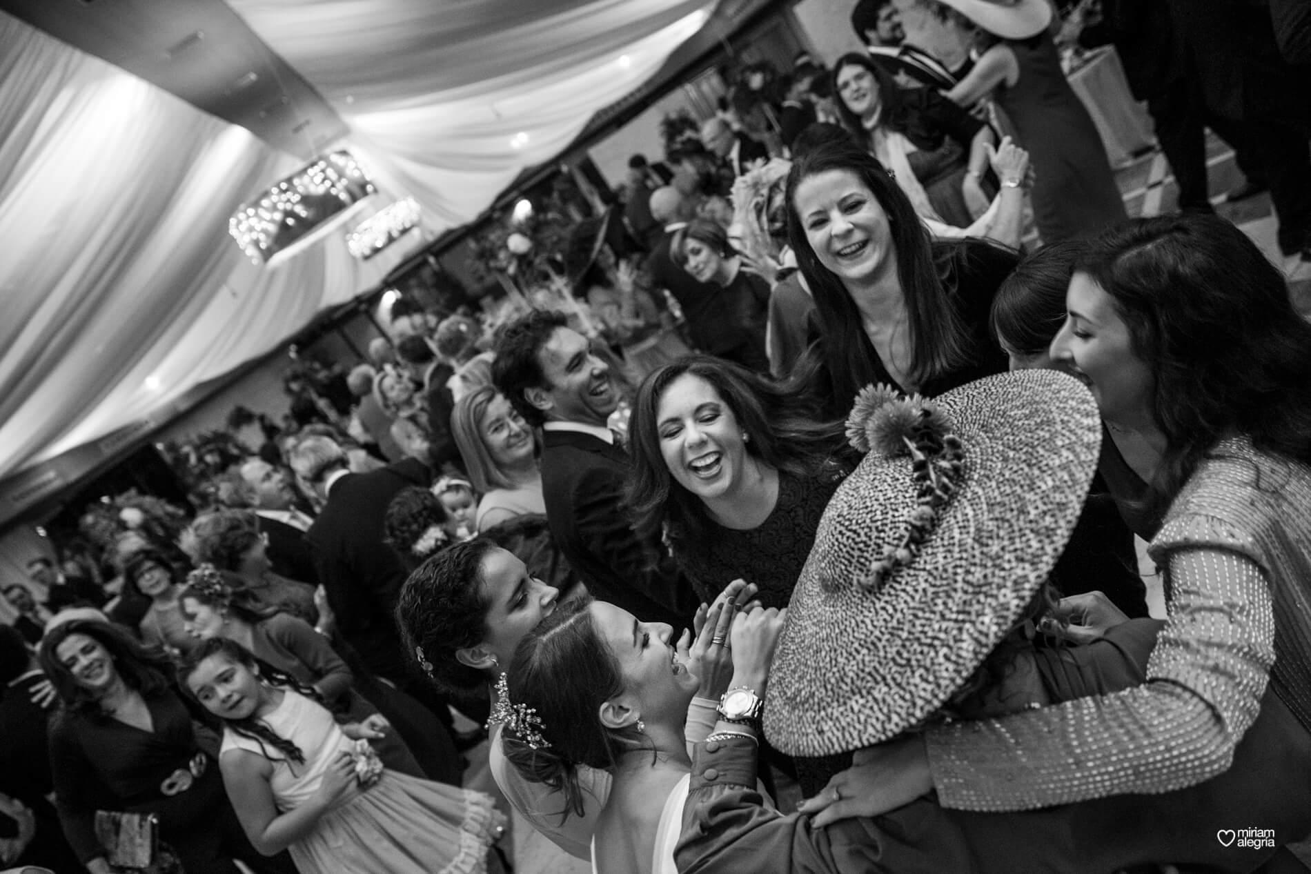 vestido-de-novia-paula-del-vas-miriam-alegria-fotografos-boda-murcia-153