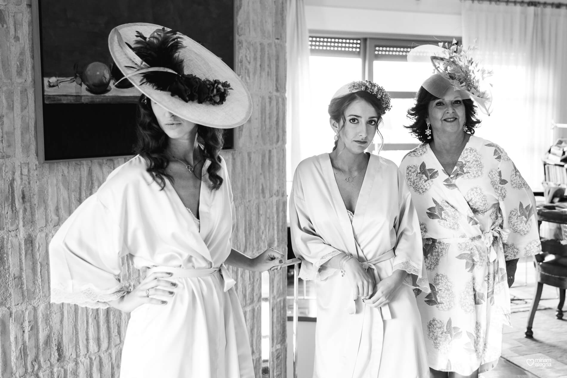 vestido-de-novia-paula-del-vas-miriam-alegria-fotografos-boda-murcia-16