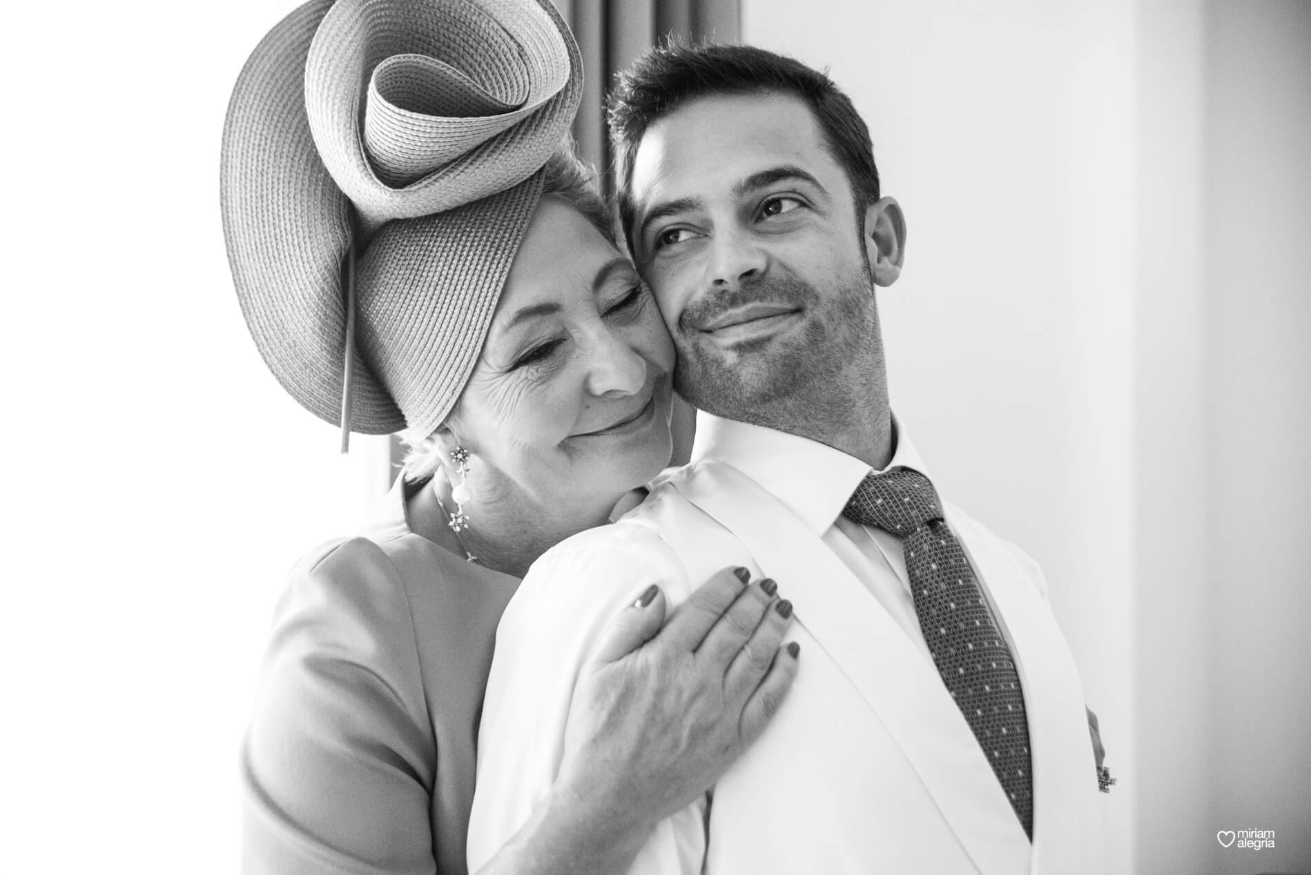 vestido-de-novia-paula-del-vas-miriam-alegria-fotografos-boda-murcia-173