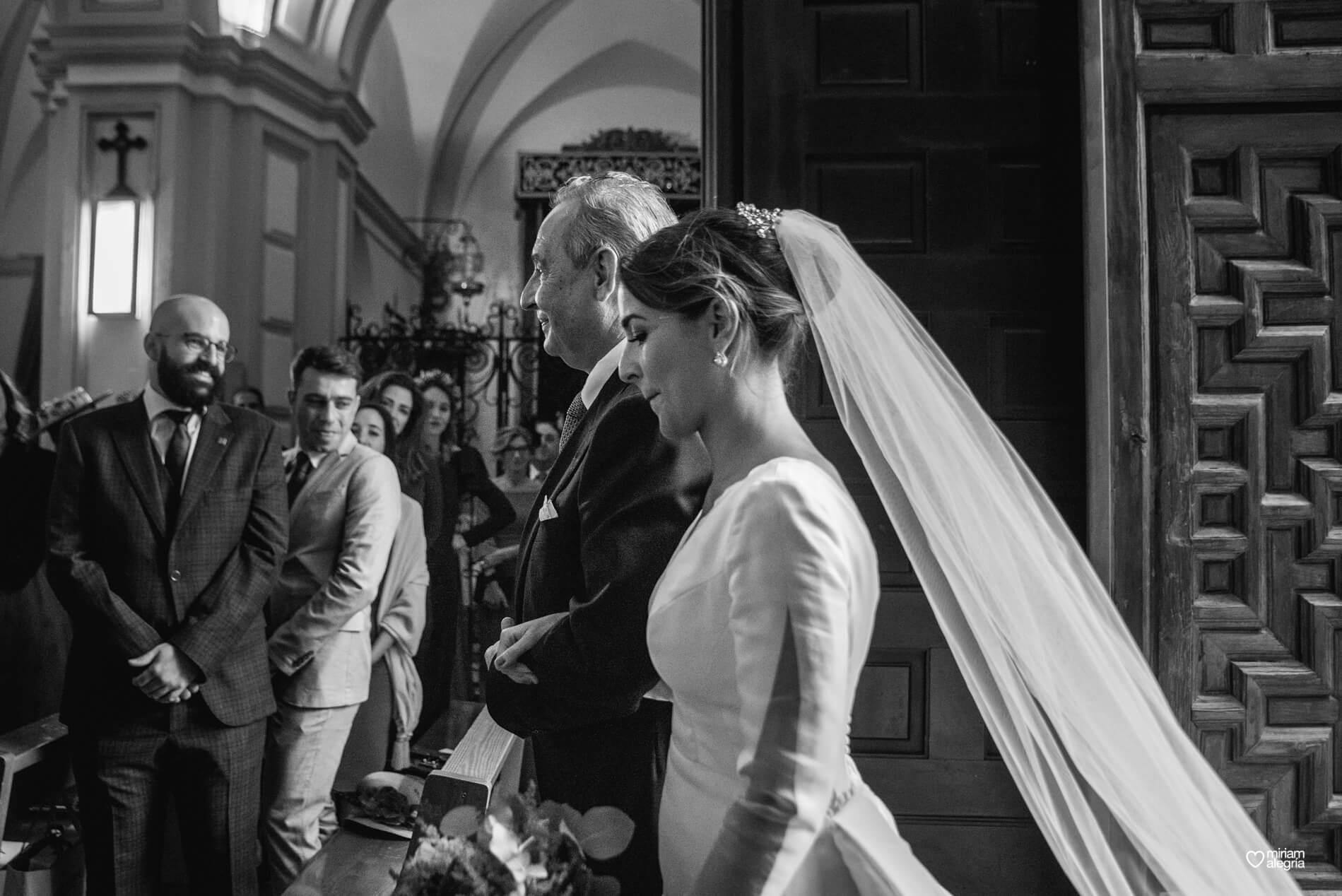 vestido-de-novia-paula-del-vas-miriam-alegria-fotografos-boda-murcia-182