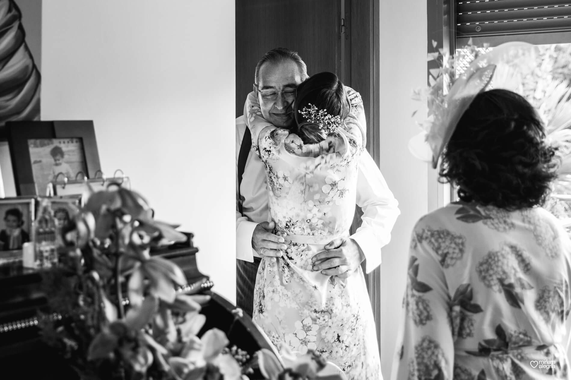 vestido-de-novia-paula-del-vas-miriam-alegria-fotografos-boda-murcia-19