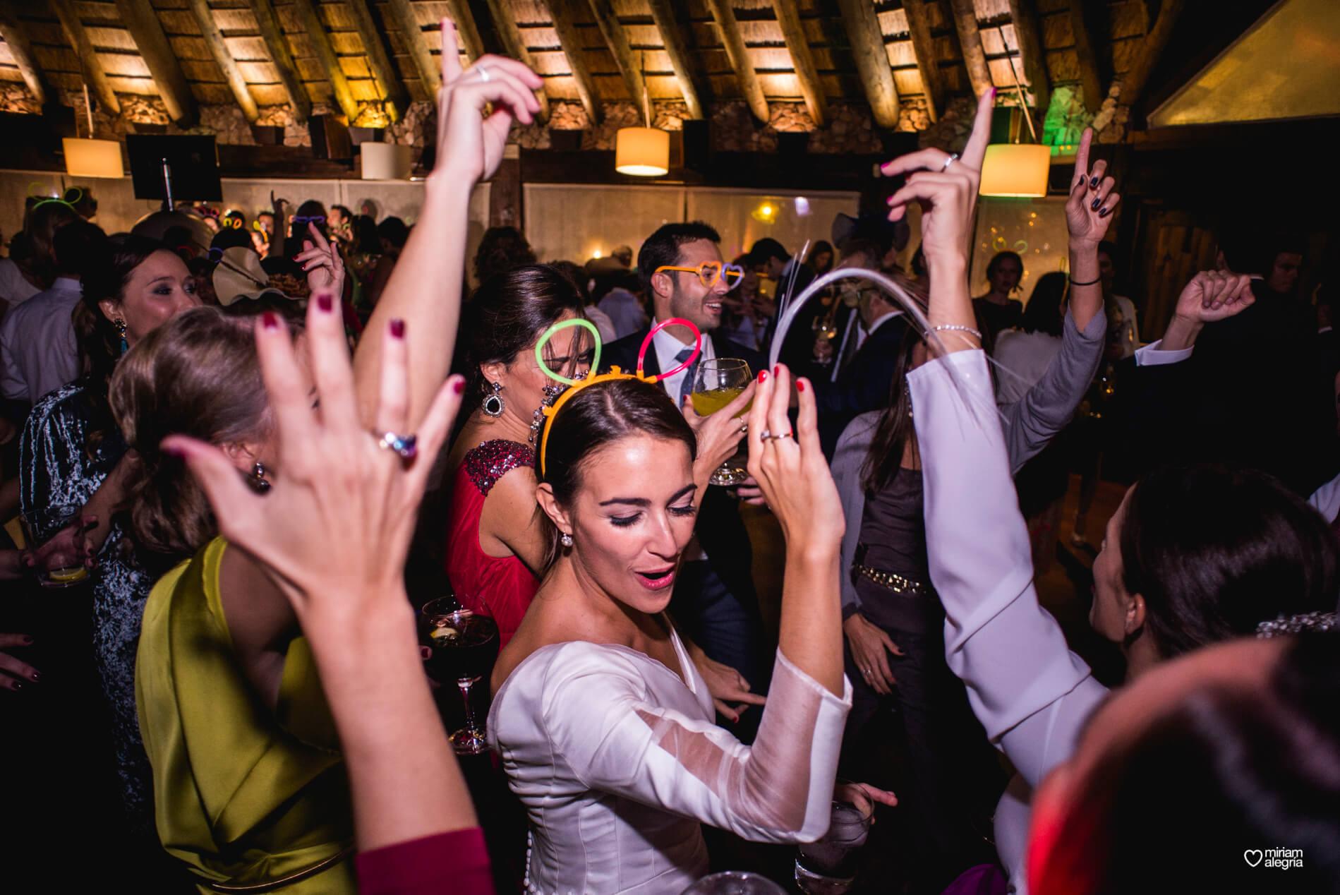vestido-de-novia-paula-del-vas-miriam-alegria-fotografos-boda-murcia-191