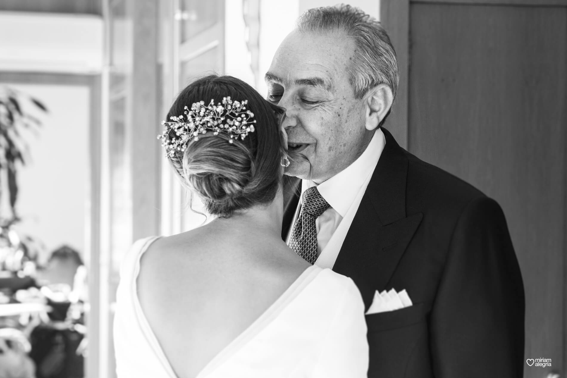 vestido-de-novia-paula-del-vas-miriam-alegria-fotografos-boda-murcia-26