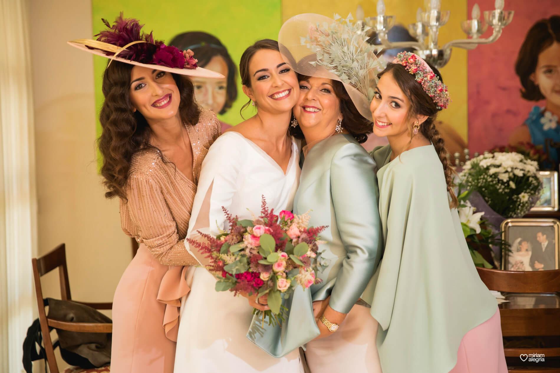 vestido-de-novia-paula-del-vas-miriam-alegria-fotografos-boda-murcia-38