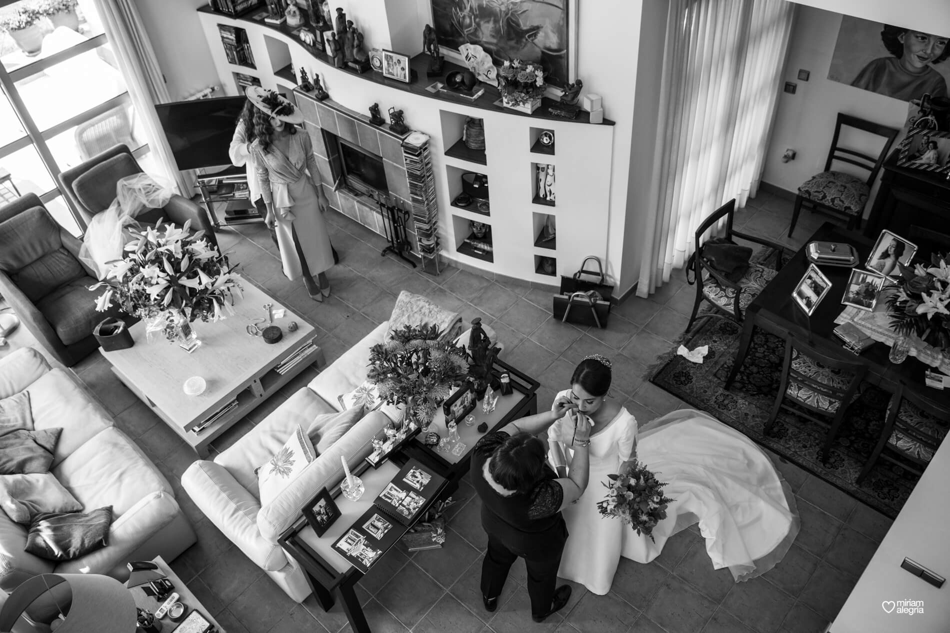 vestido-de-novia-paula-del-vas-miriam-alegria-fotografos-boda-murcia-39