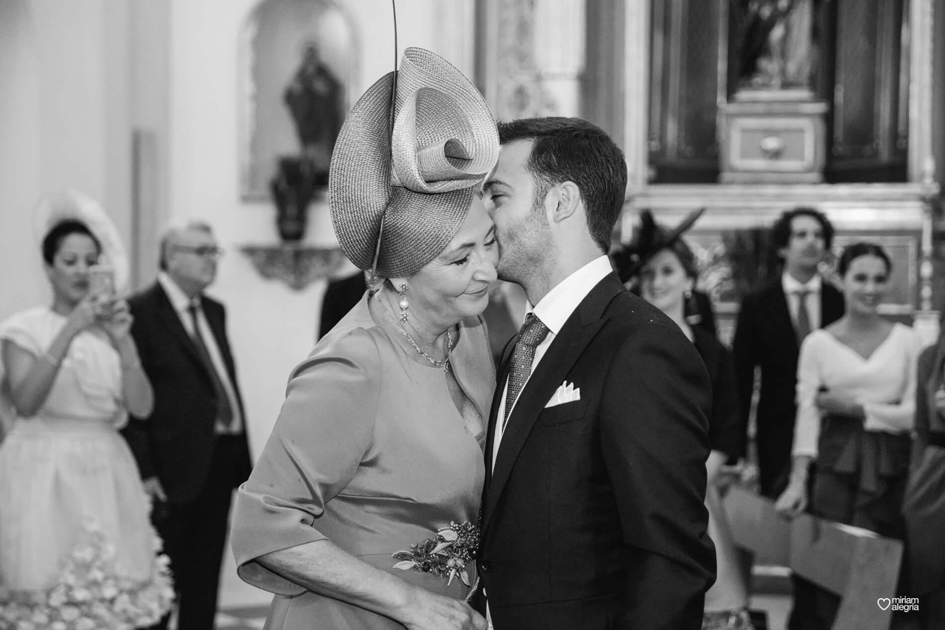 vestido-de-novia-paula-del-vas-miriam-alegria-fotografos-boda-murcia-41