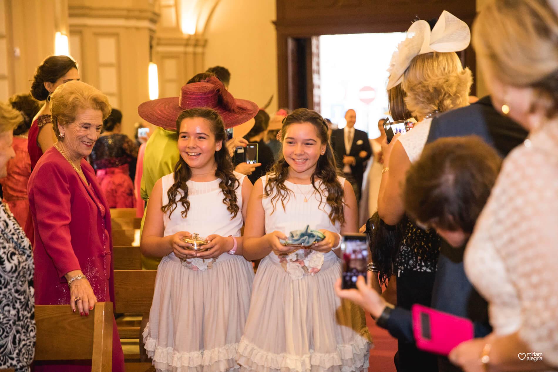 vestido-de-novia-paula-del-vas-miriam-alegria-fotografos-boda-murcia-43
