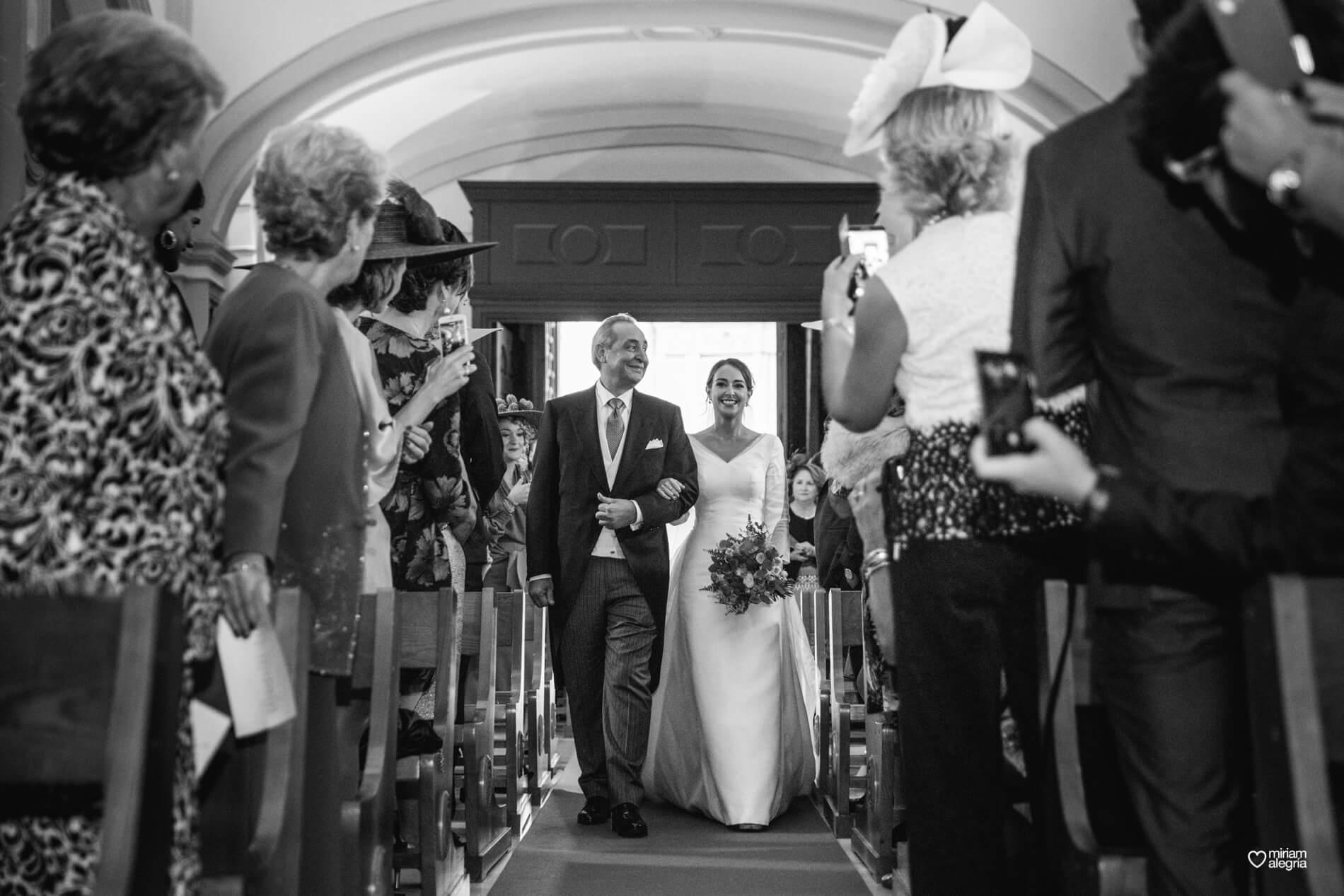 vestido-de-novia-paula-del-vas-miriam-alegria-fotografos-boda-murcia-44