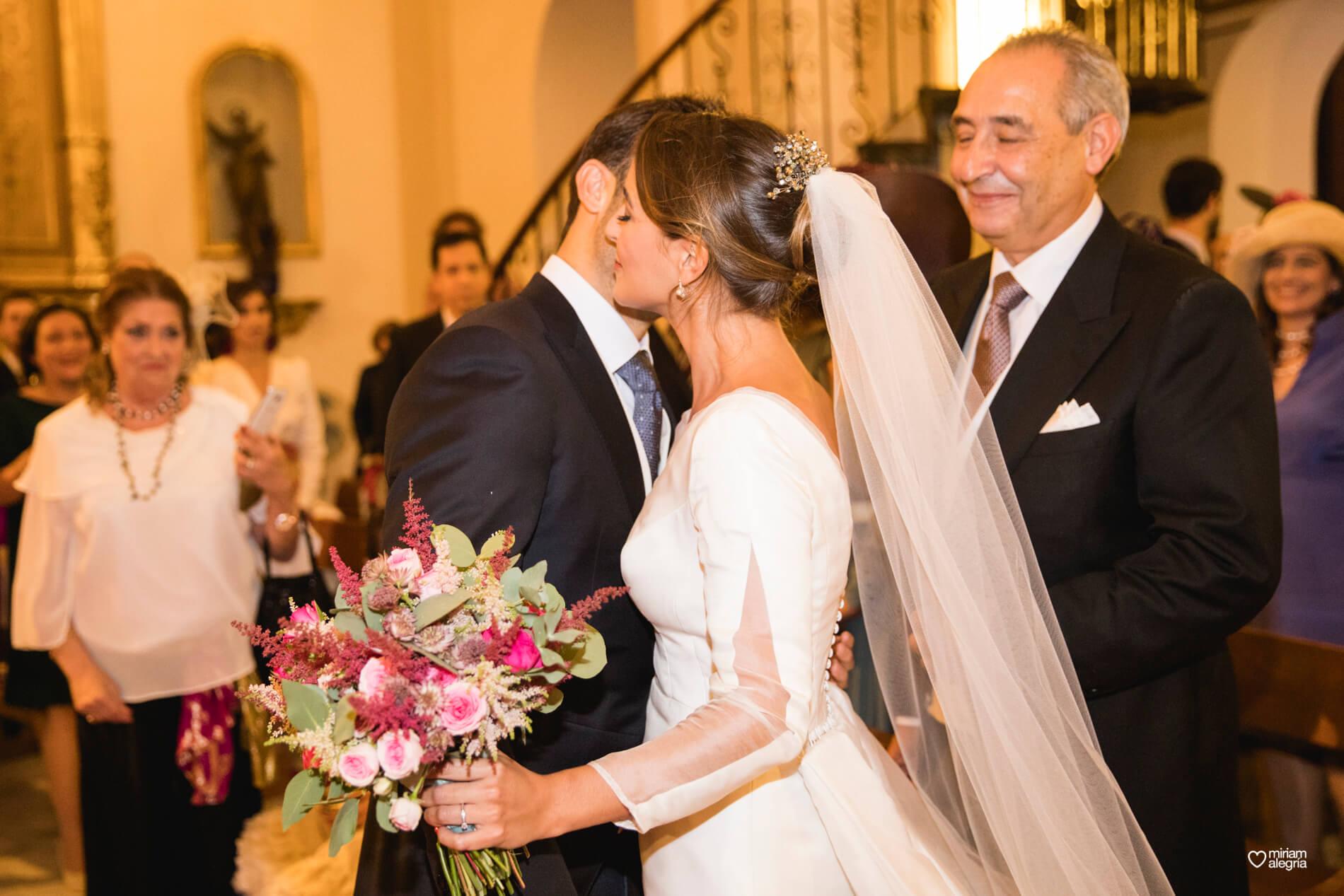 vestido-de-novia-paula-del-vas-miriam-alegria-fotografos-boda-murcia-47