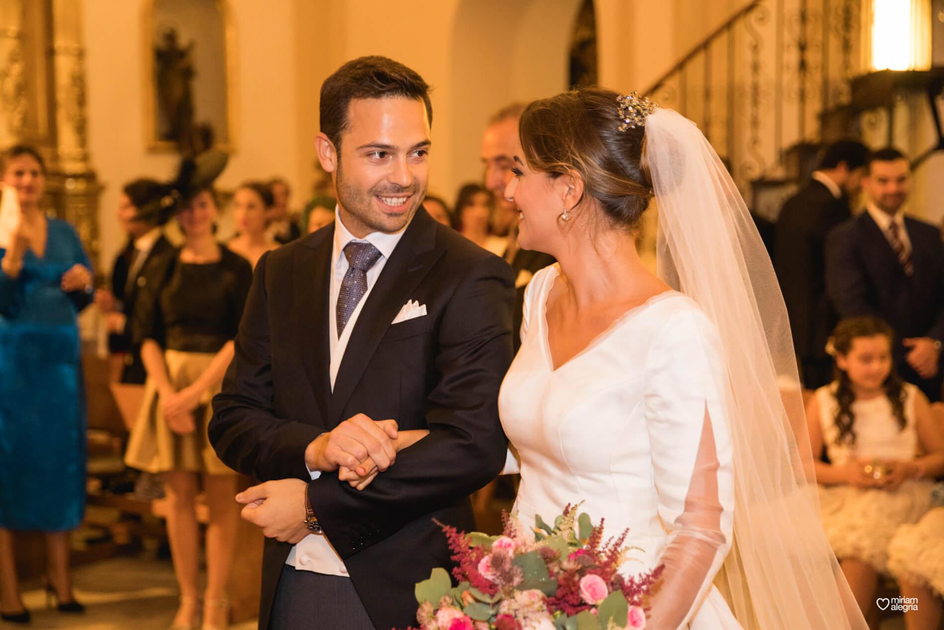 vestido-de-novia-paula-del-vas-miriam-alegria-fotografos-boda-murcia-48