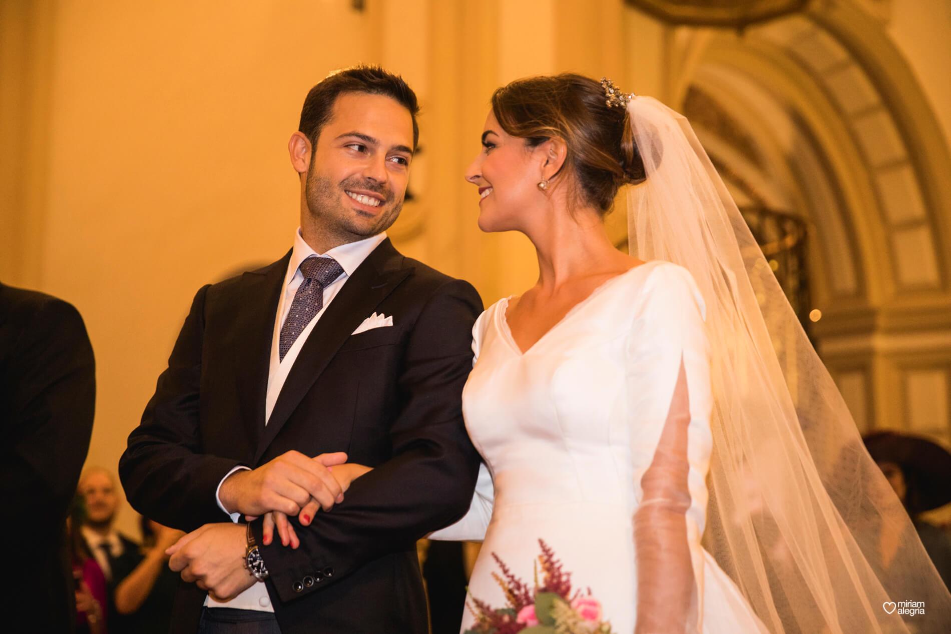 vestido-de-novia-paula-del-vas-miriam-alegria-fotografos-boda-murcia-50