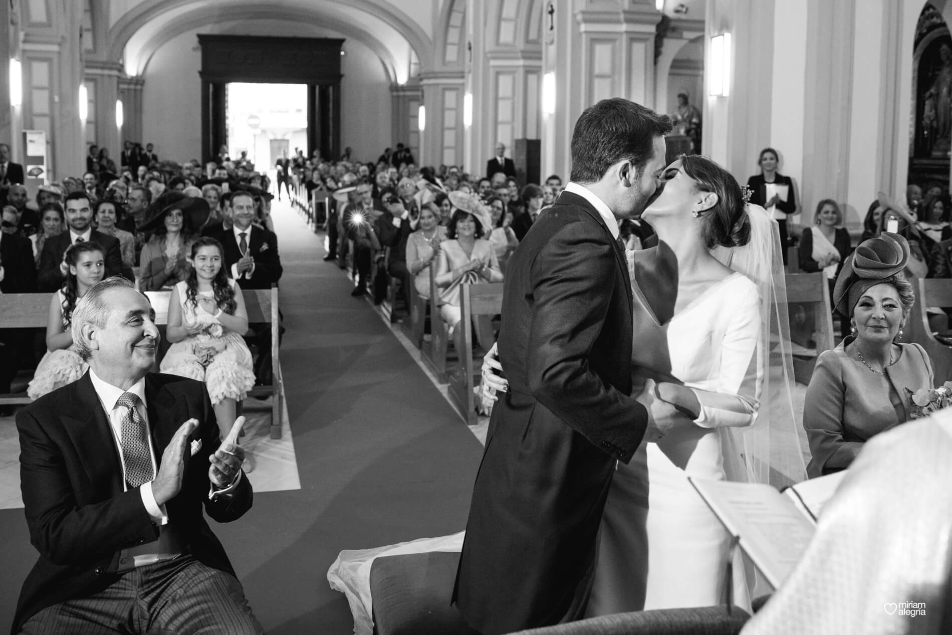 vestido-de-novia-paula-del-vas-miriam-alegria-fotografos-boda-murcia-57