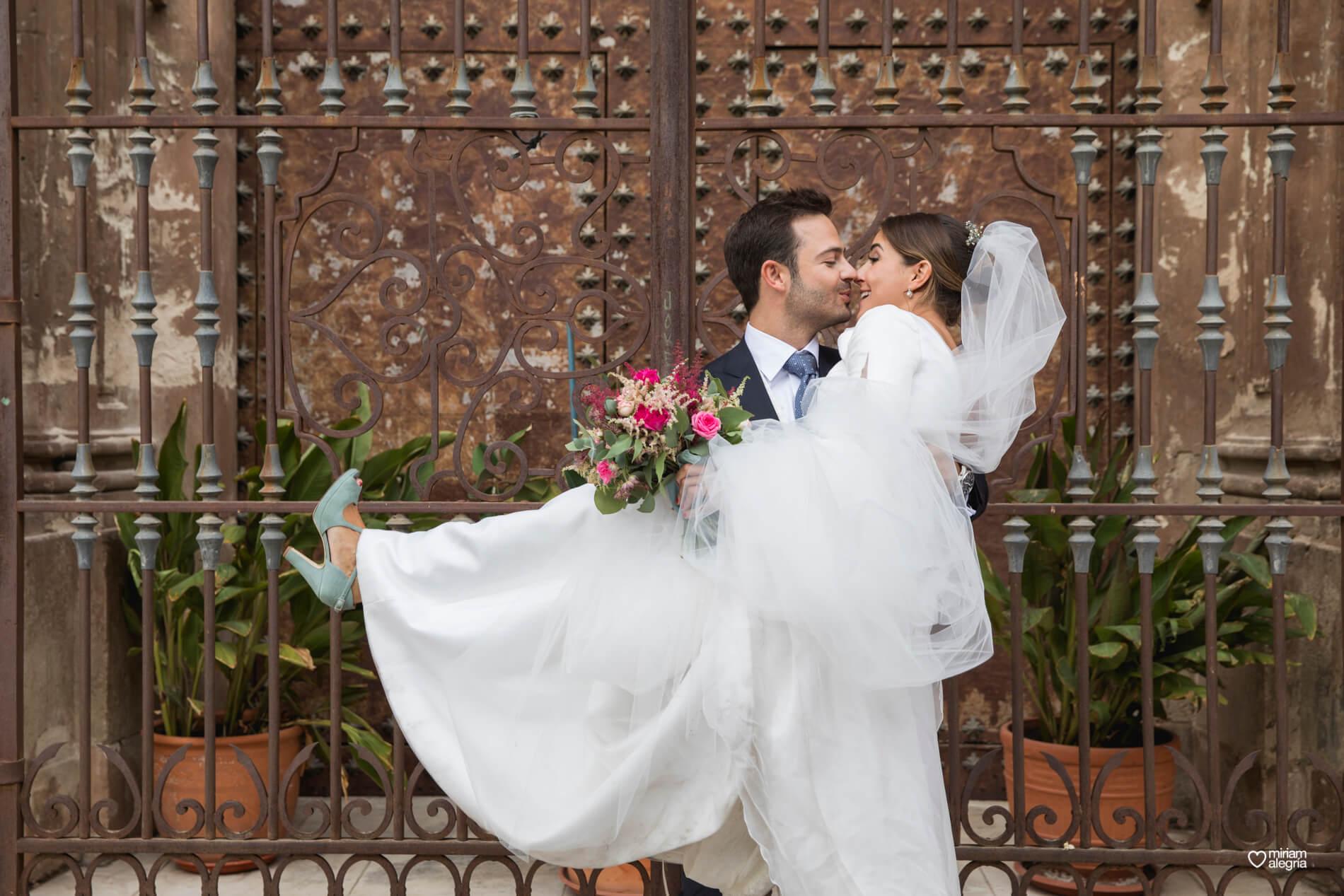 vestido-de-novia-paula-del-vas-miriam-alegria-fotografos-boda-murcia-80