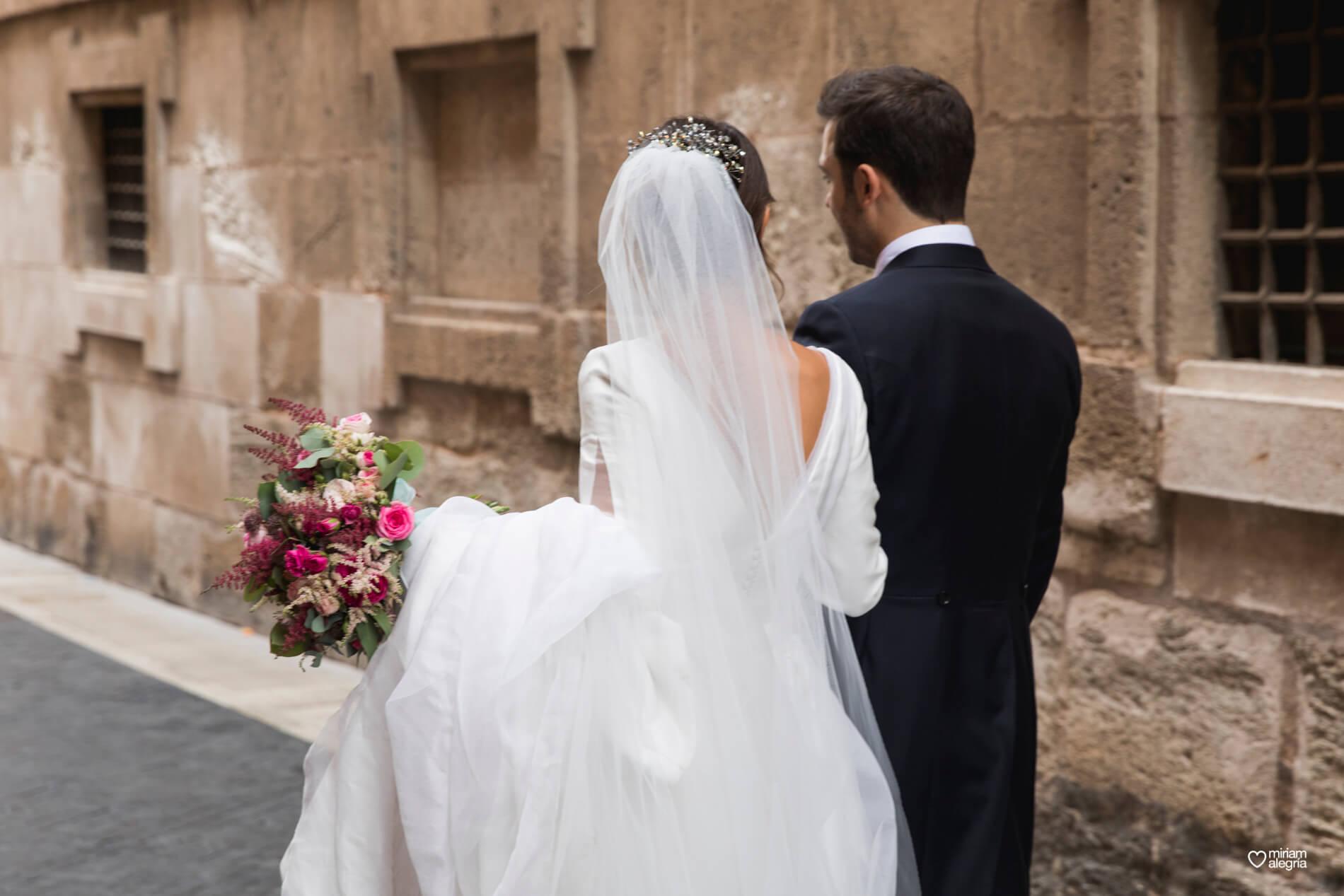 vestido-de-novia-paula-del-vas-miriam-alegria-fotografos-boda-murcia-84