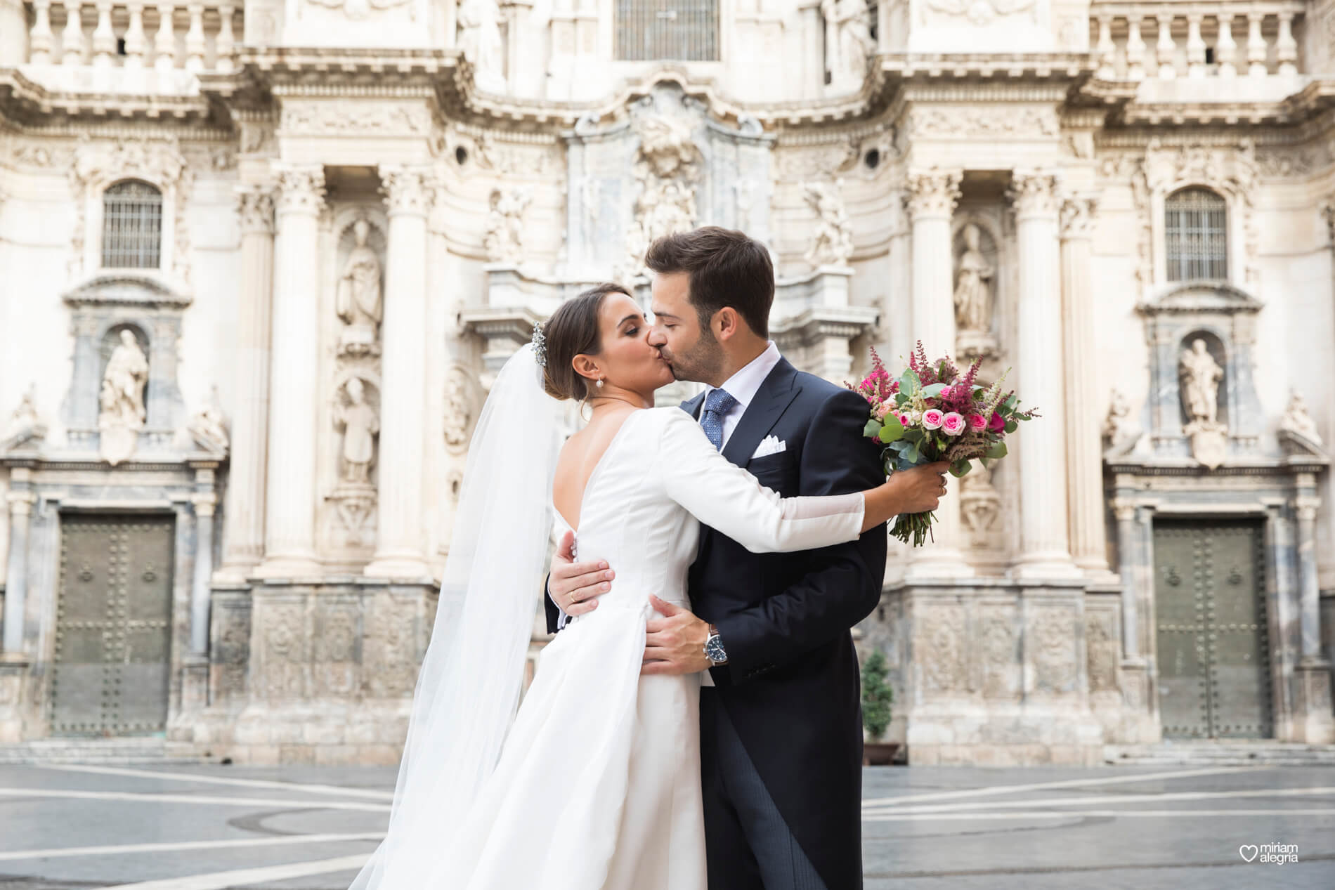 vestido-de-novia-paula-del-vas-miriam-alegria-fotografos-boda-murcia-85