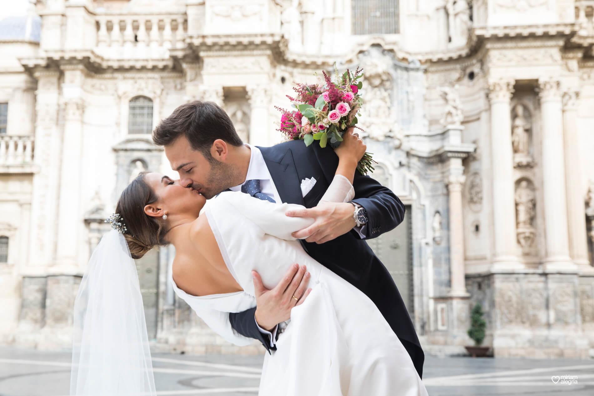 vestido-de-novia-paula-del-vas-miriam-alegria-fotografos-boda-murcia-86