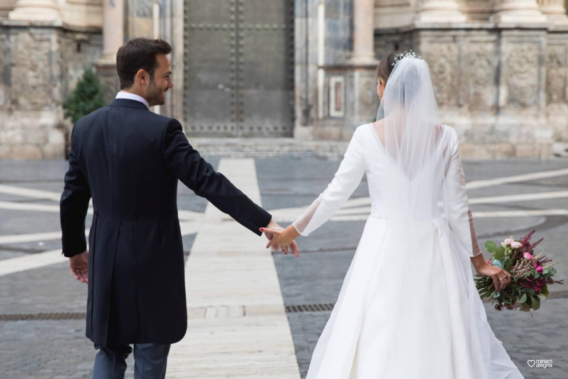 vestido-de-novia-paula-del-vas-miriam-alegria-fotografos-boda-murcia-88