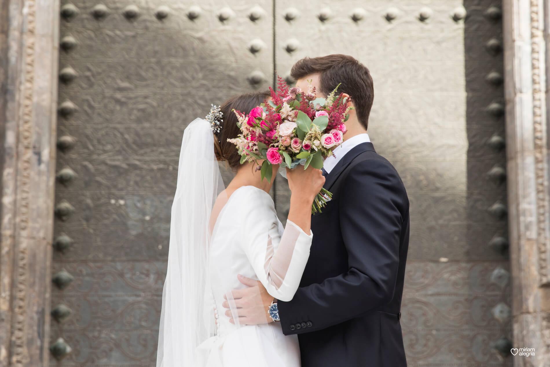 vestido-de-novia-paula-del-vas-miriam-alegria-fotografos-boda-murcia-90