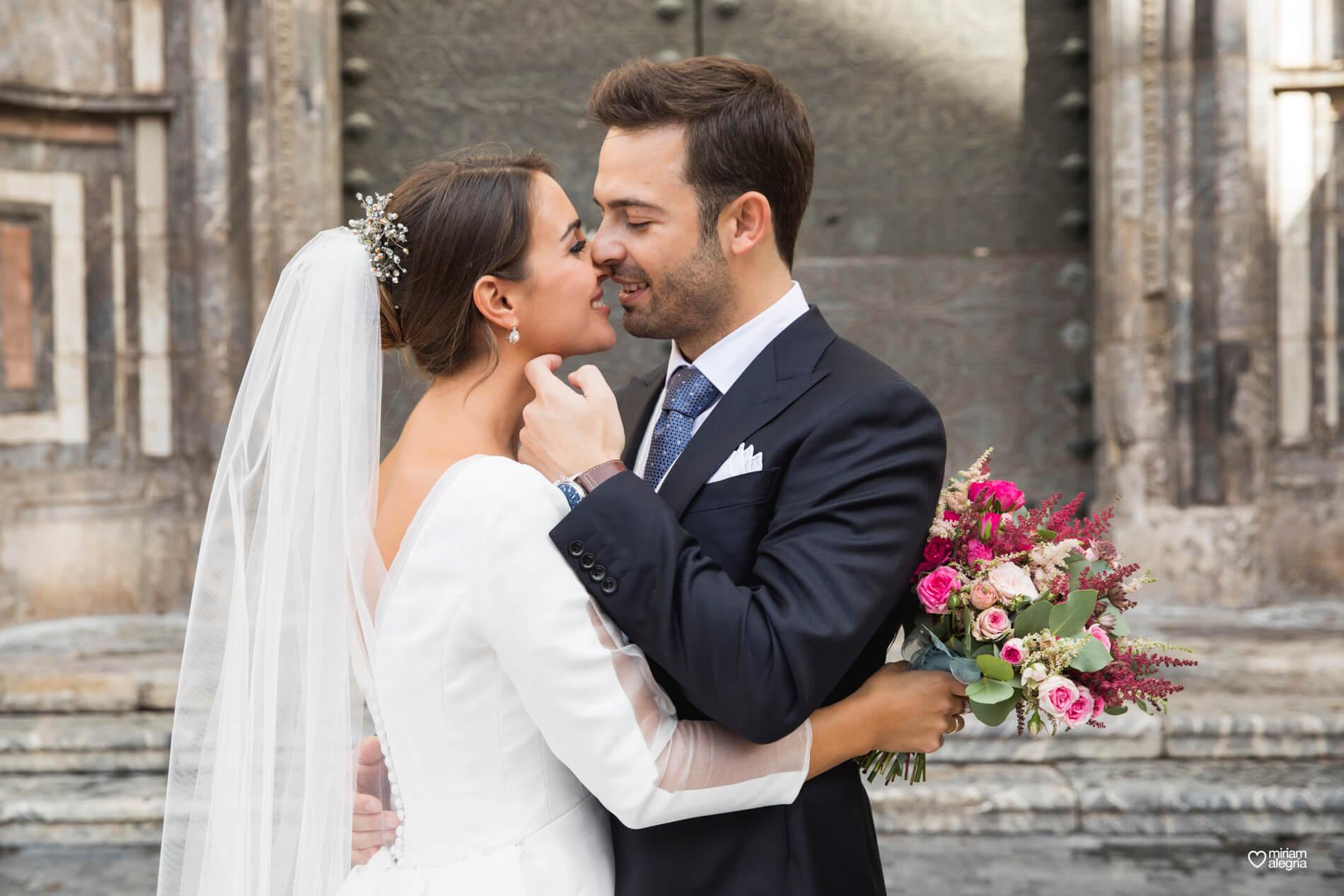 vestido-de-novia-paula-del-vas-miriam-alegria-fotografos-boda-murcia-91