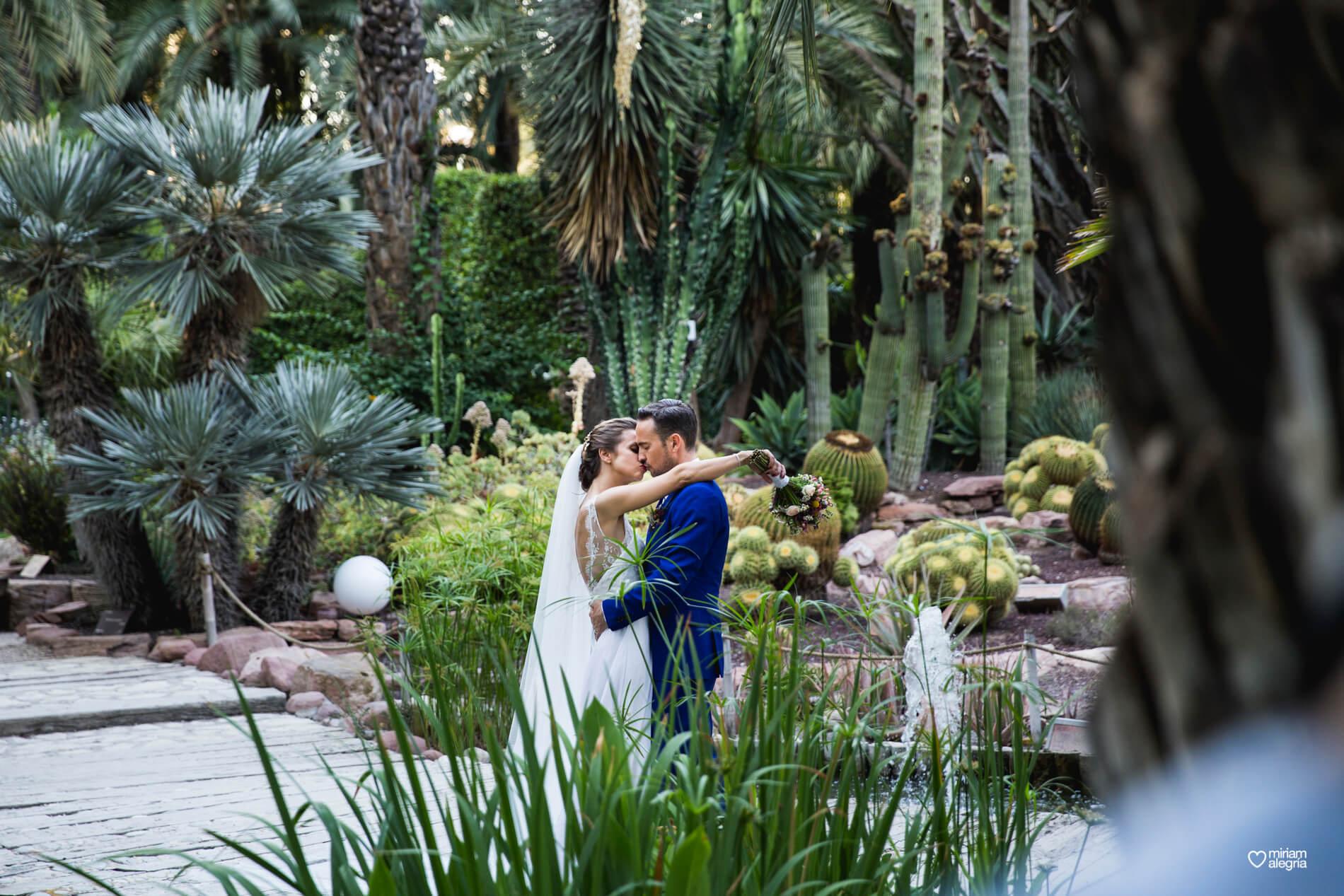 wedding-huerto-del-cura-elche-miriam-alegria-fotografos-boda-30