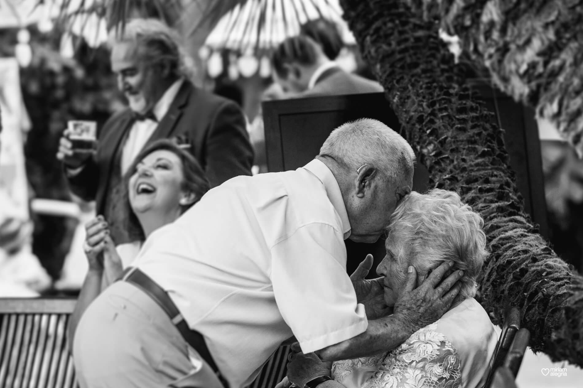 wedding-huerto-del-cura-elche-miriam-alegria-fotografos-boda-48