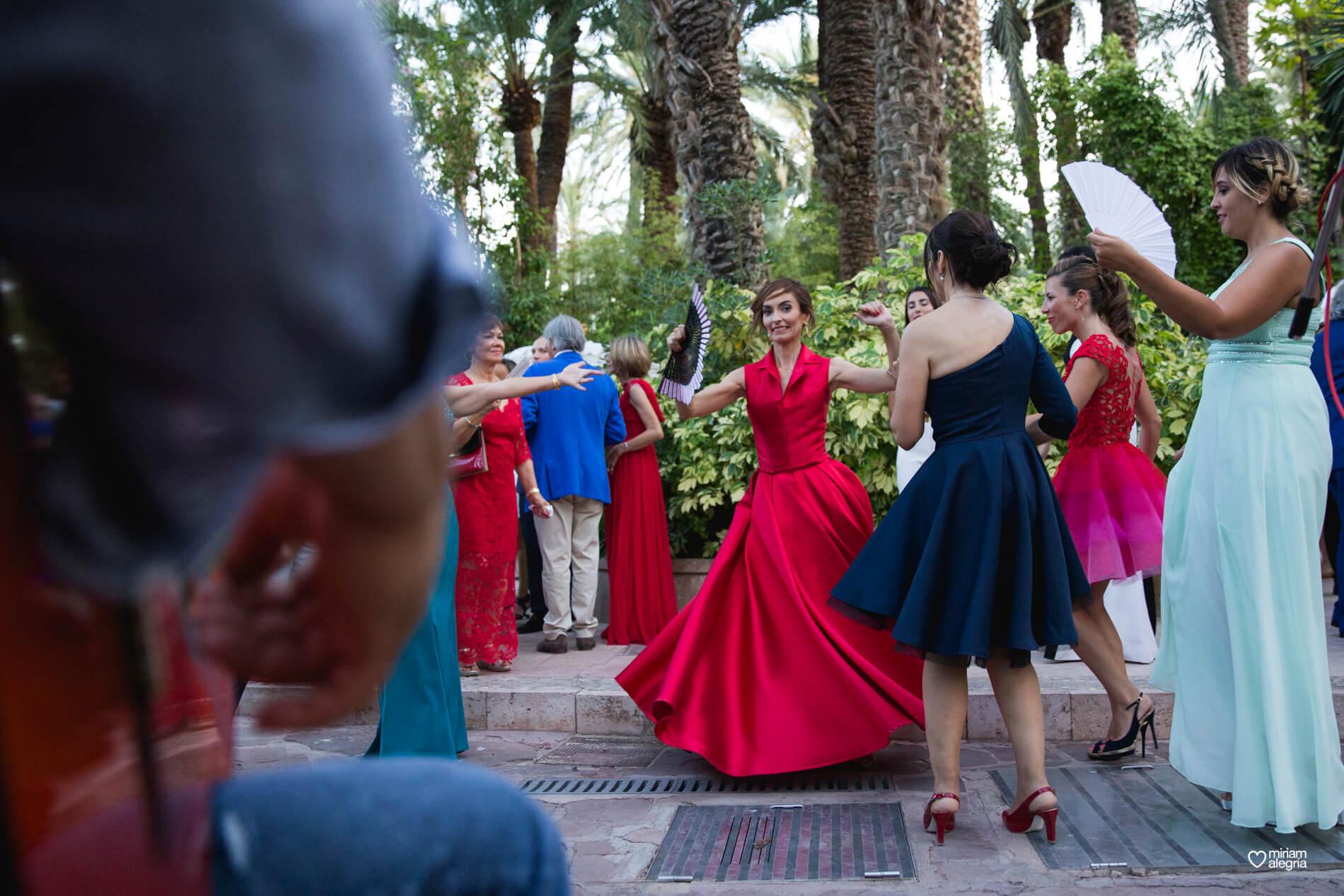 wedding-huerto-del-cura-elche-miriam-alegria-fotografos-boda-57